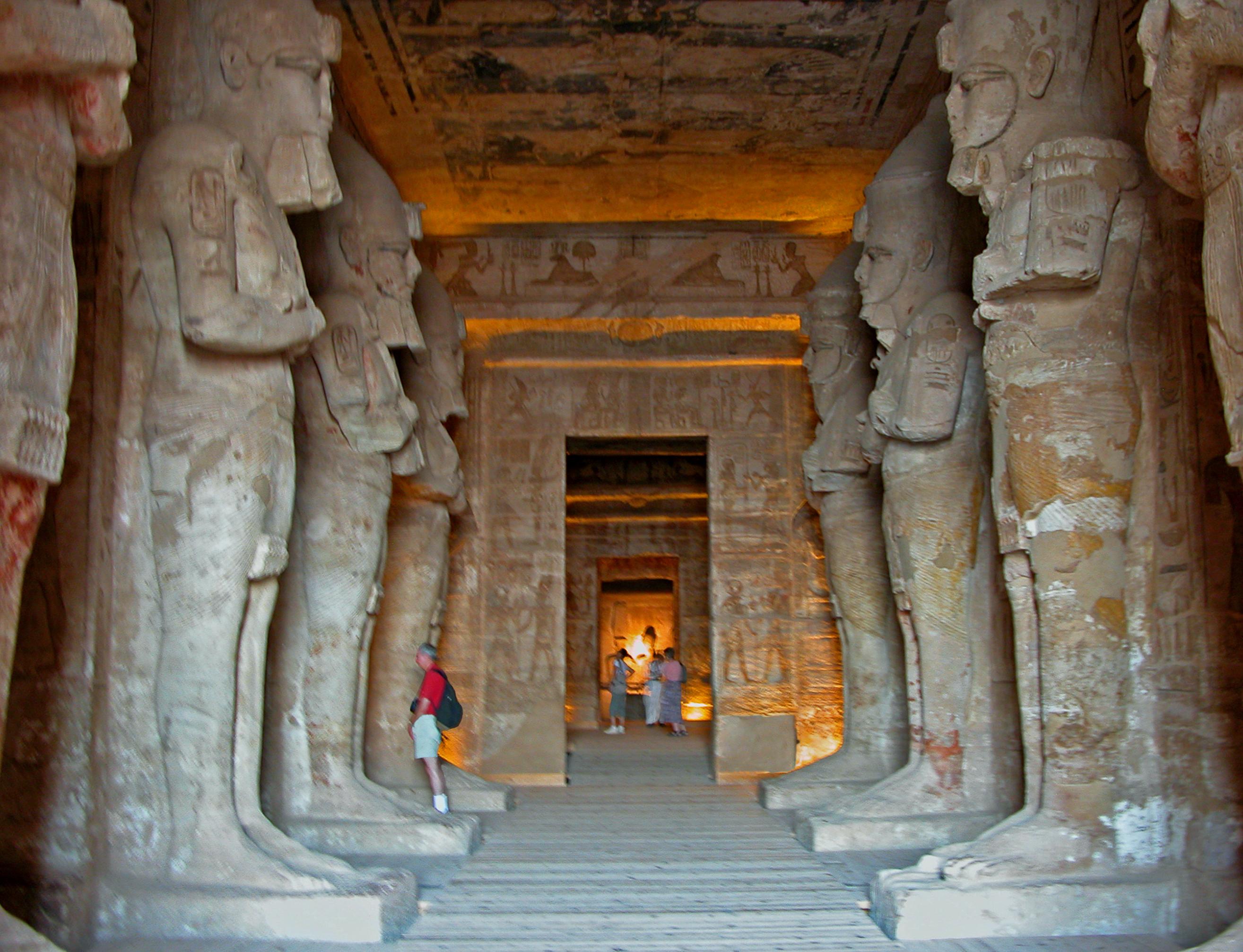 File:Temple of Rameses II, eight Osiris pillars.jpg ...