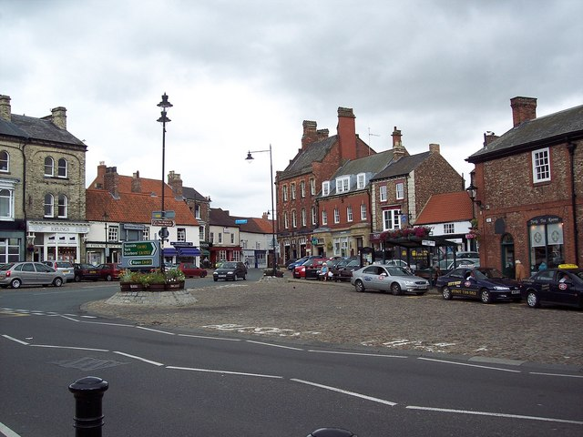 Thirsk Marketplace - geograph.org.uk - 496319