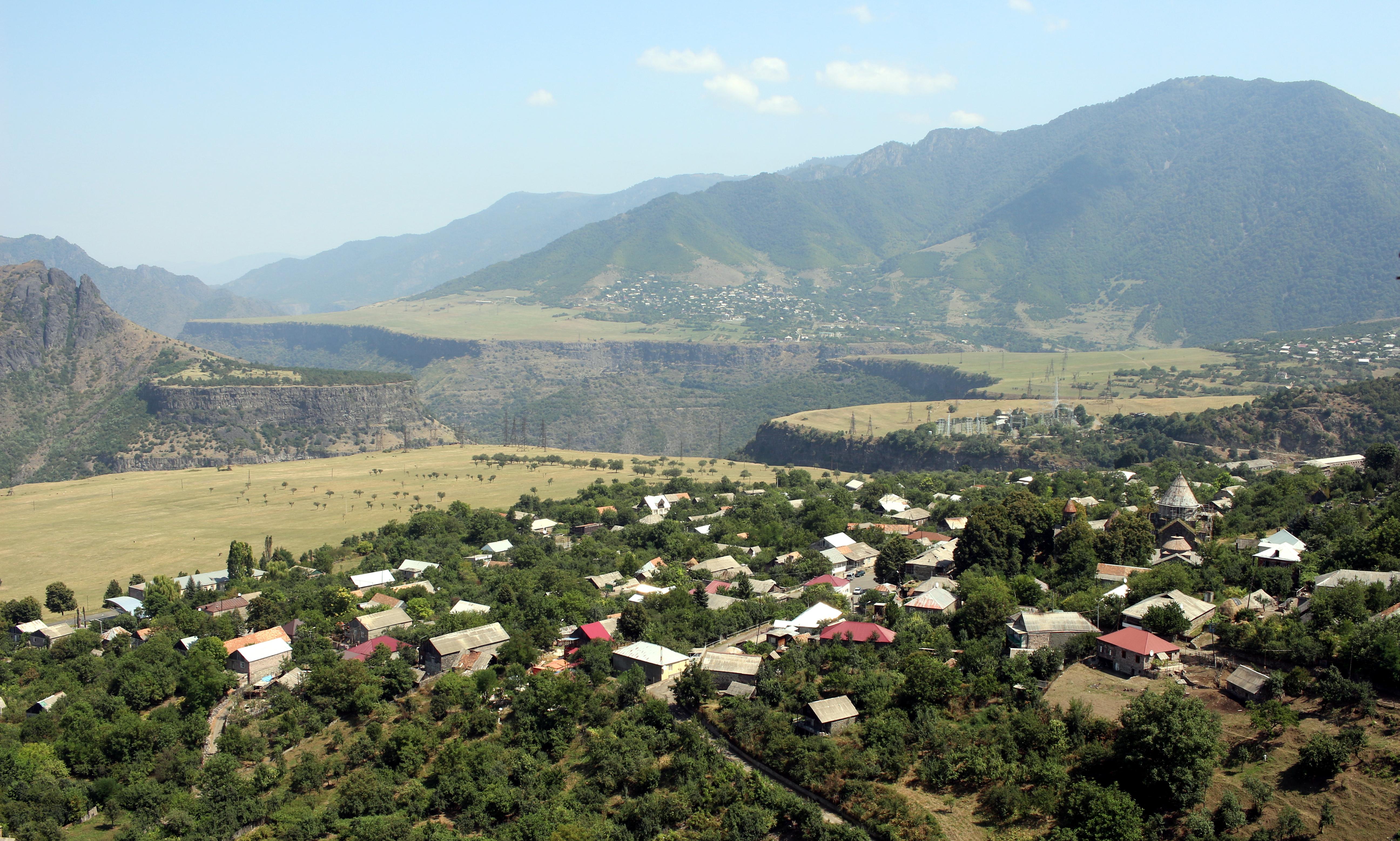 סאנאהין