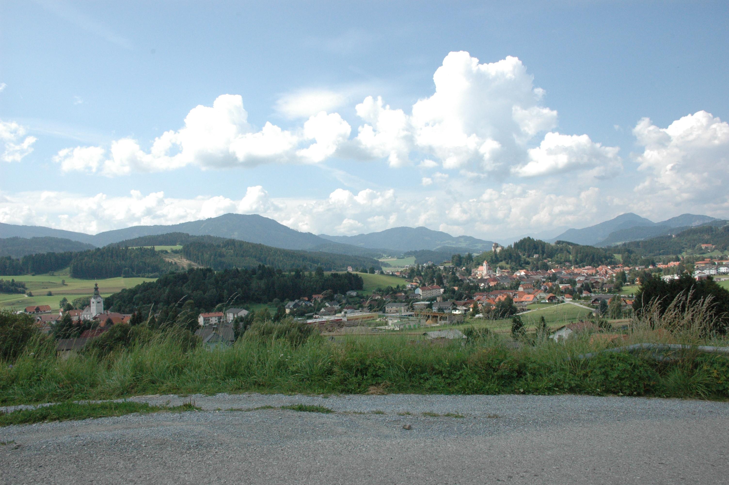 Innsbruck to Neumarkt in der Steiermark - 7 ways to travel via