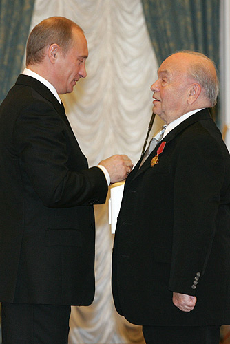 Vladimir Putin and Vladimir Shainsky, December 2005