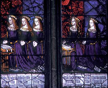 Elizabeth with her sisters. She is the first from the left. York Sisters.jpg