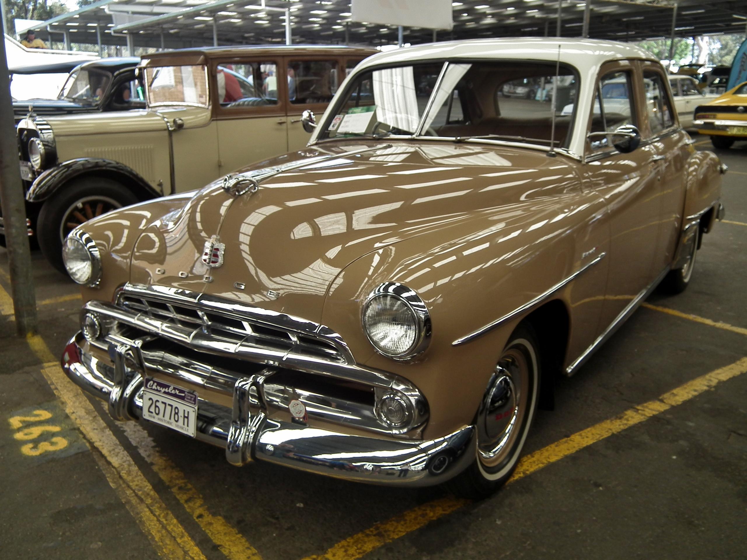 File 1952 dodge d40 kingsway custom sedan 15462969908 jpg