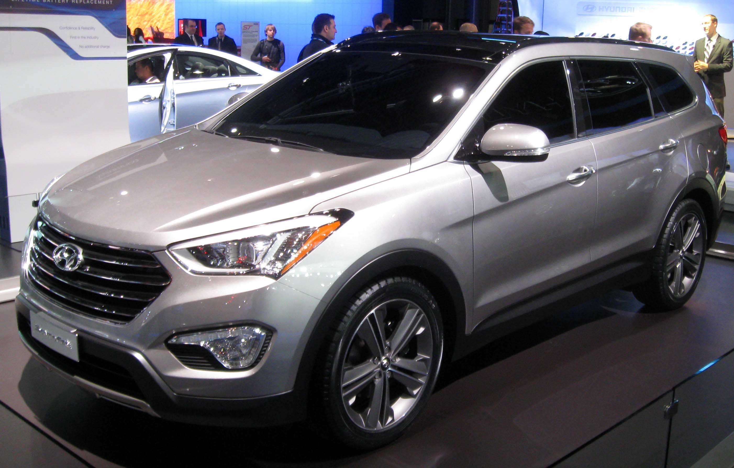 file 2013 hyundai santa fe lwb 2012 nyias jpg wikipedia. Black Bedroom Furniture Sets. Home Design Ideas