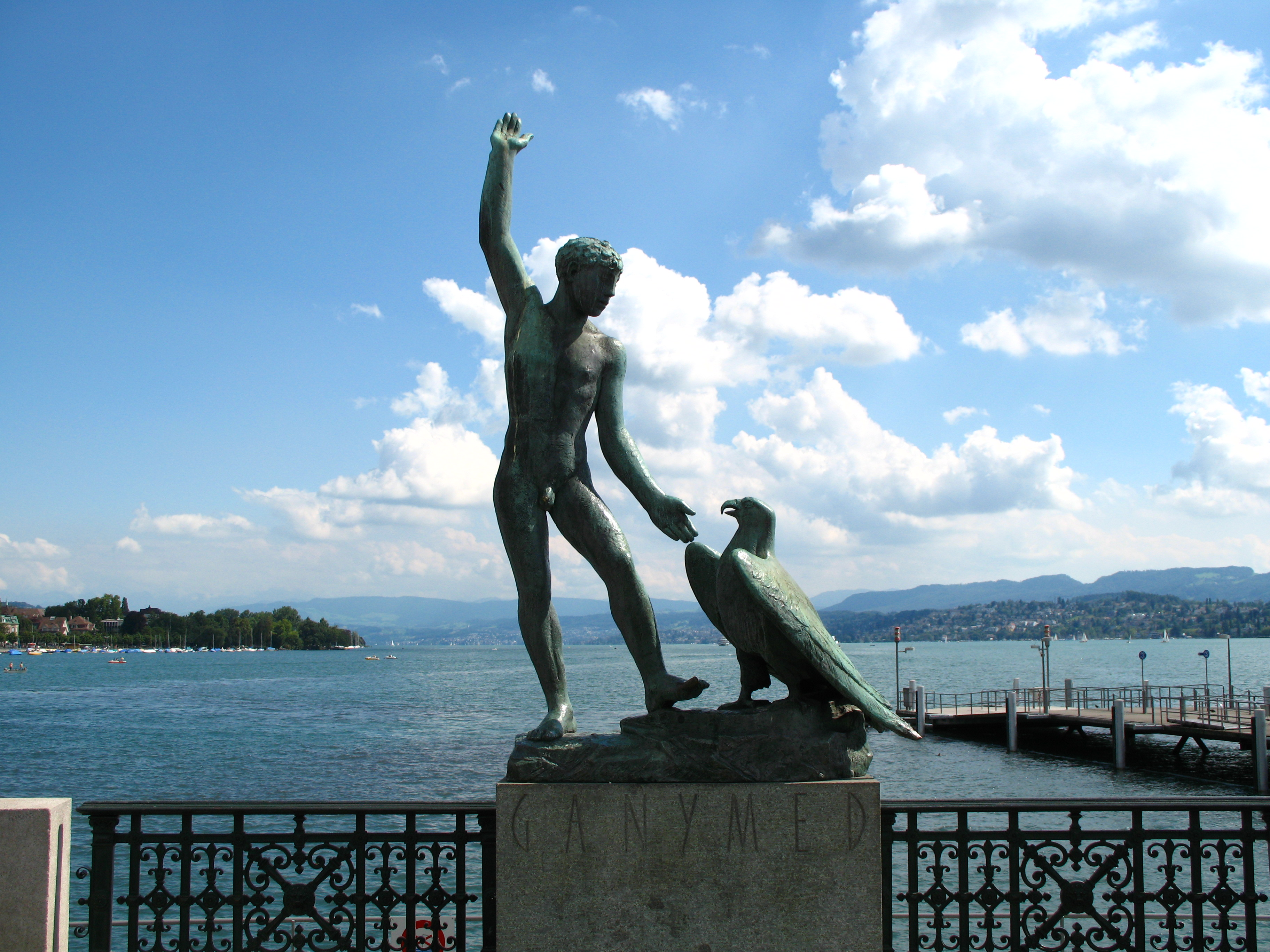 Small Necessary Tips For Your Trip To Zurich