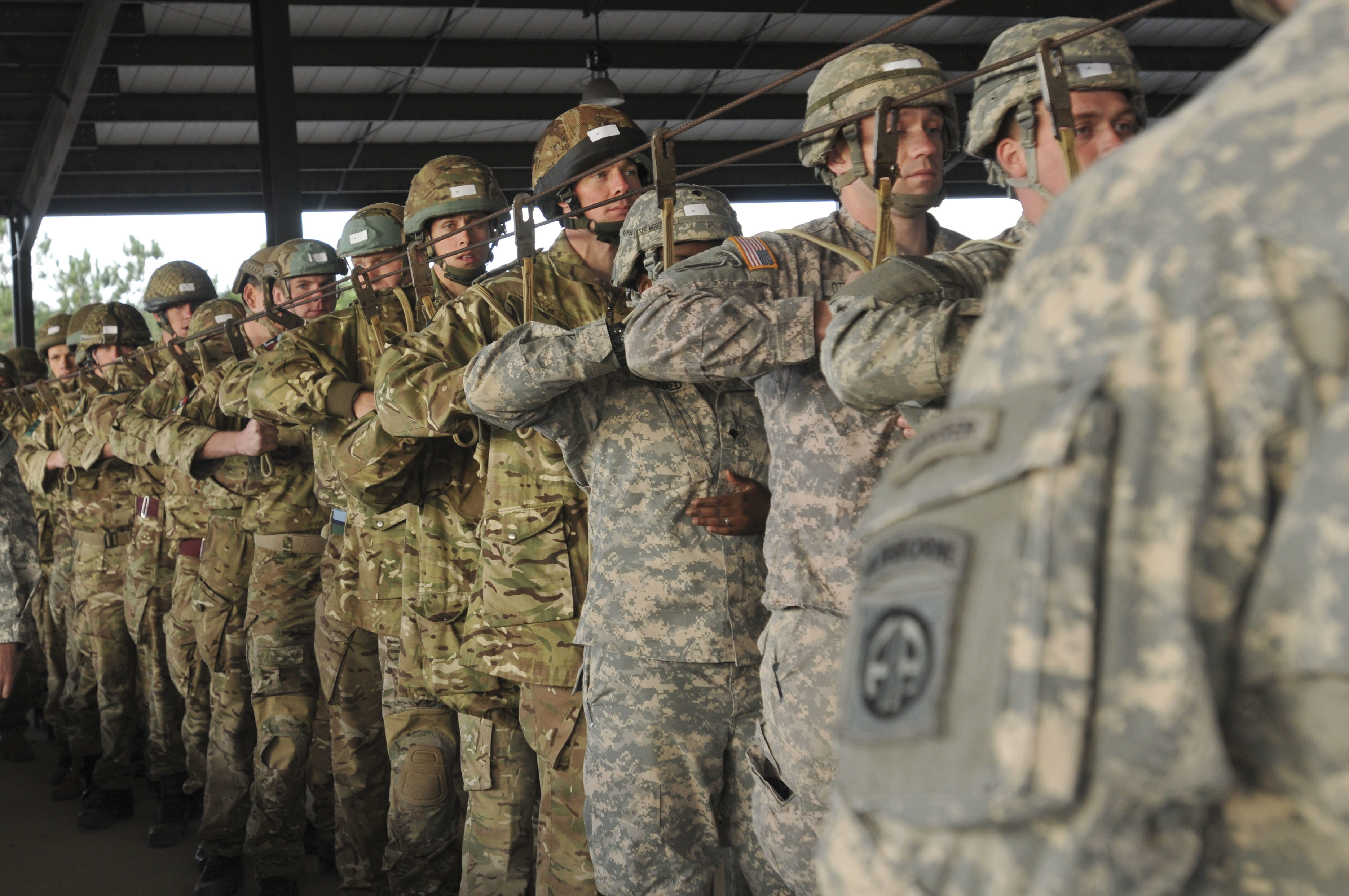file 82nd airborne 16 air assault make first jumps for bilateral