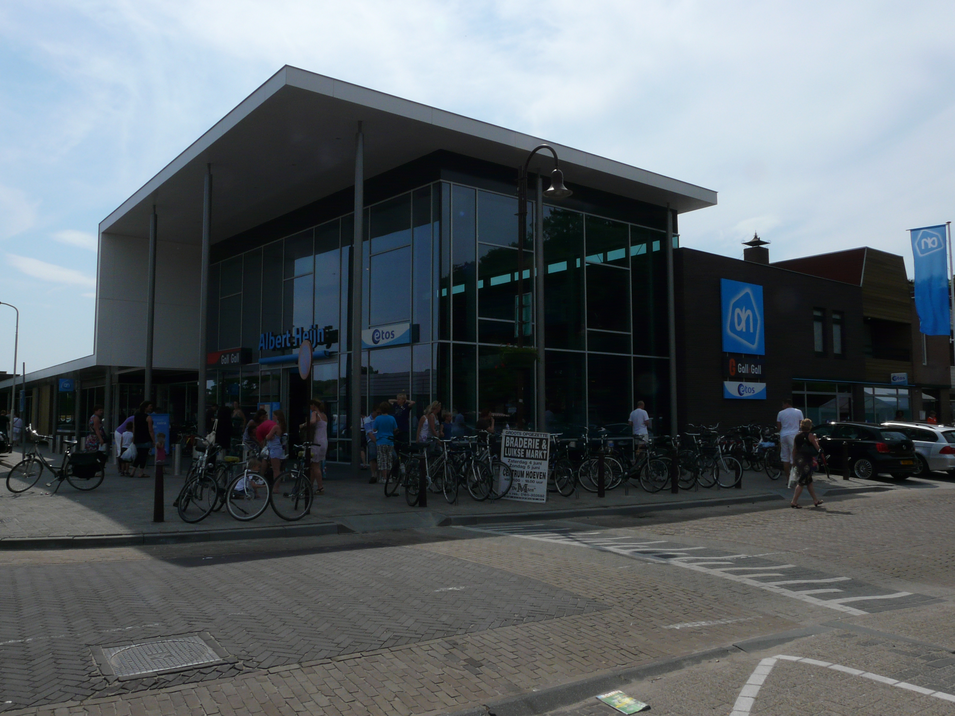 albert heijn history Albert heijn has undefined employees and an estimated annual revenue of undefined they have raised undefined in funding check out albert heijn's profile for.