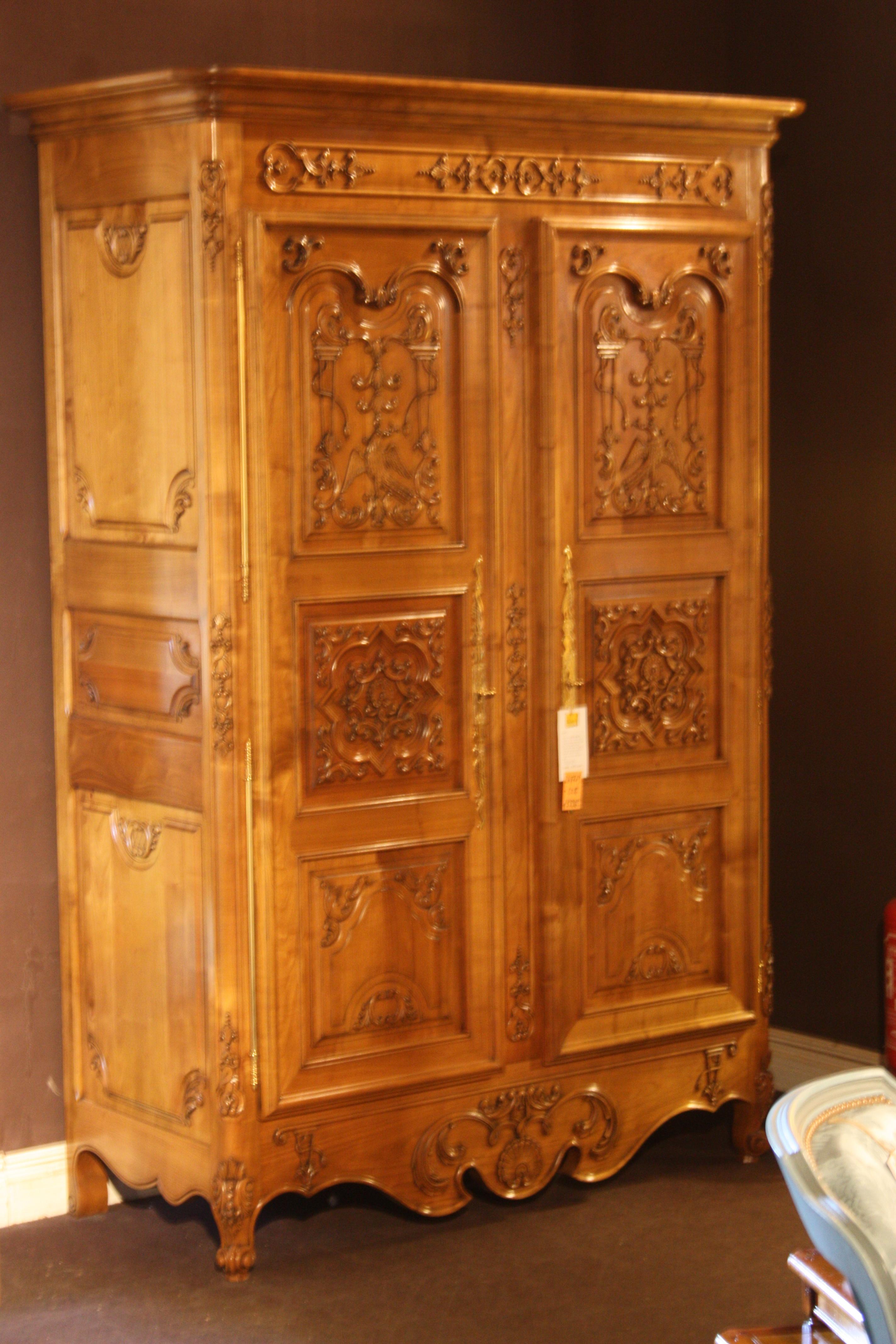 what does armoire 28 images armoire en manguier l 130. Black Bedroom Furniture Sets. Home Design Ideas