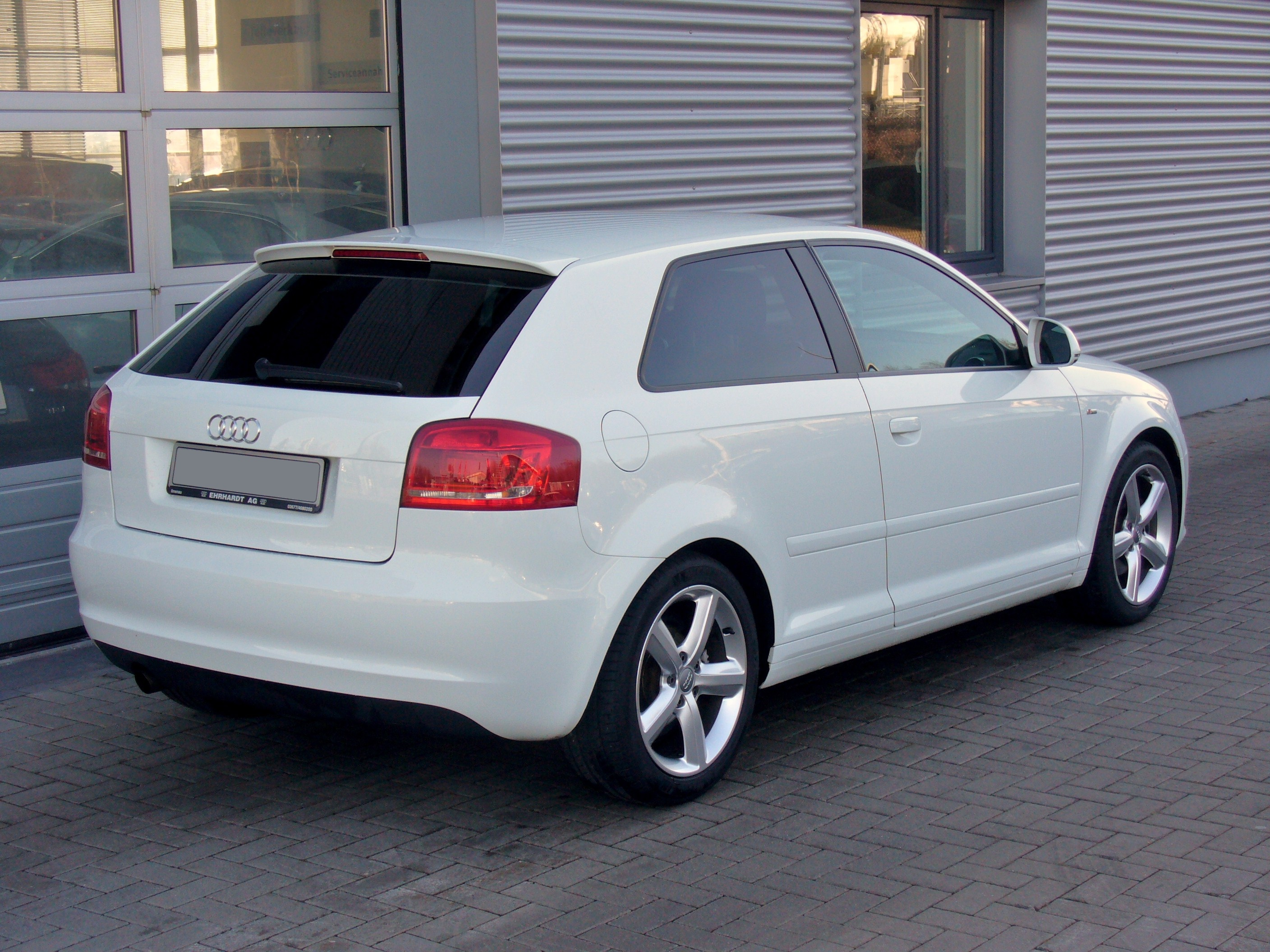 File Audi A3 8p 2 Facelift S Line 1 2 Tfsi Ibisweiss Heck Jpg