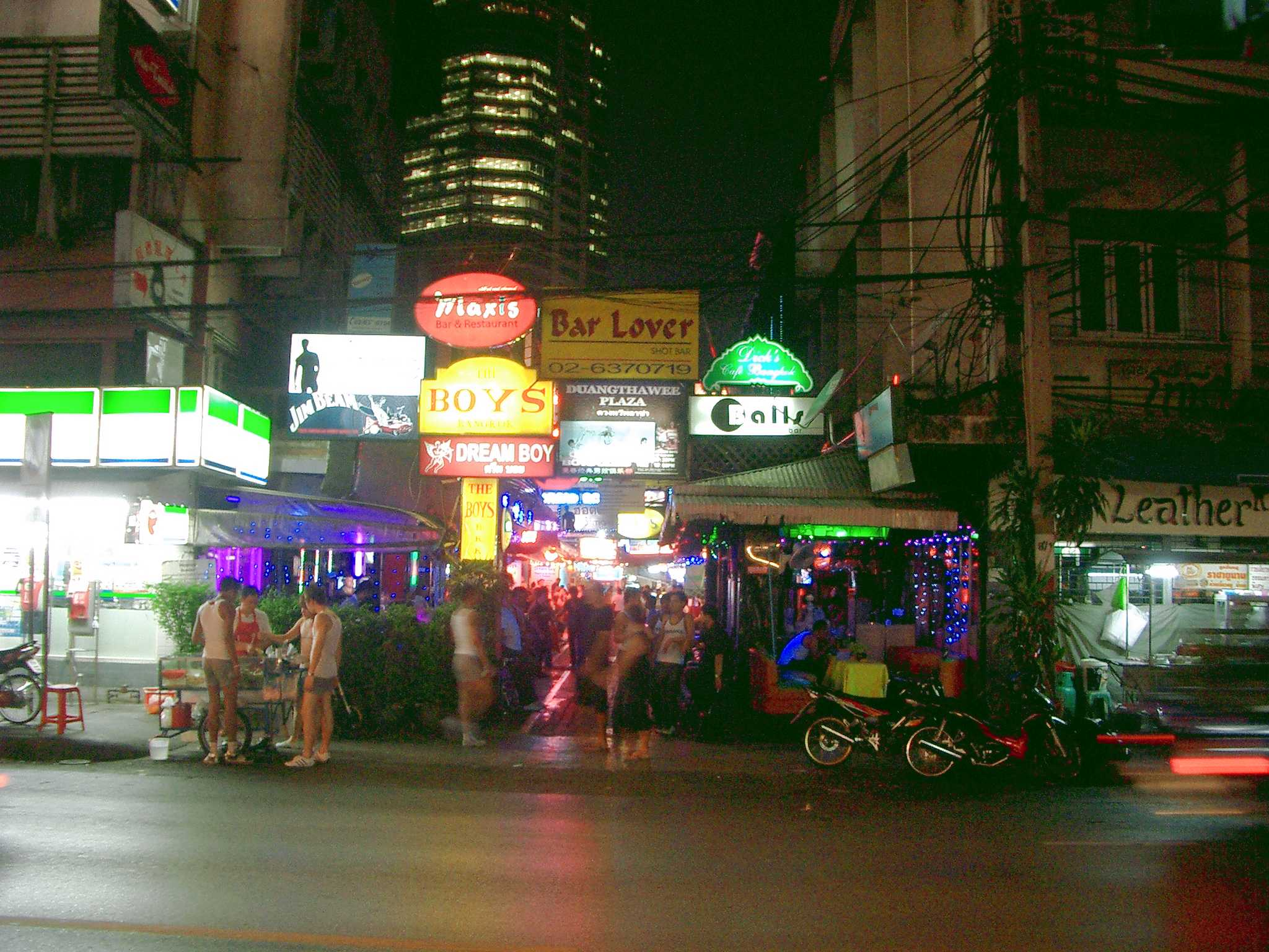 Bangkok blowjob barer