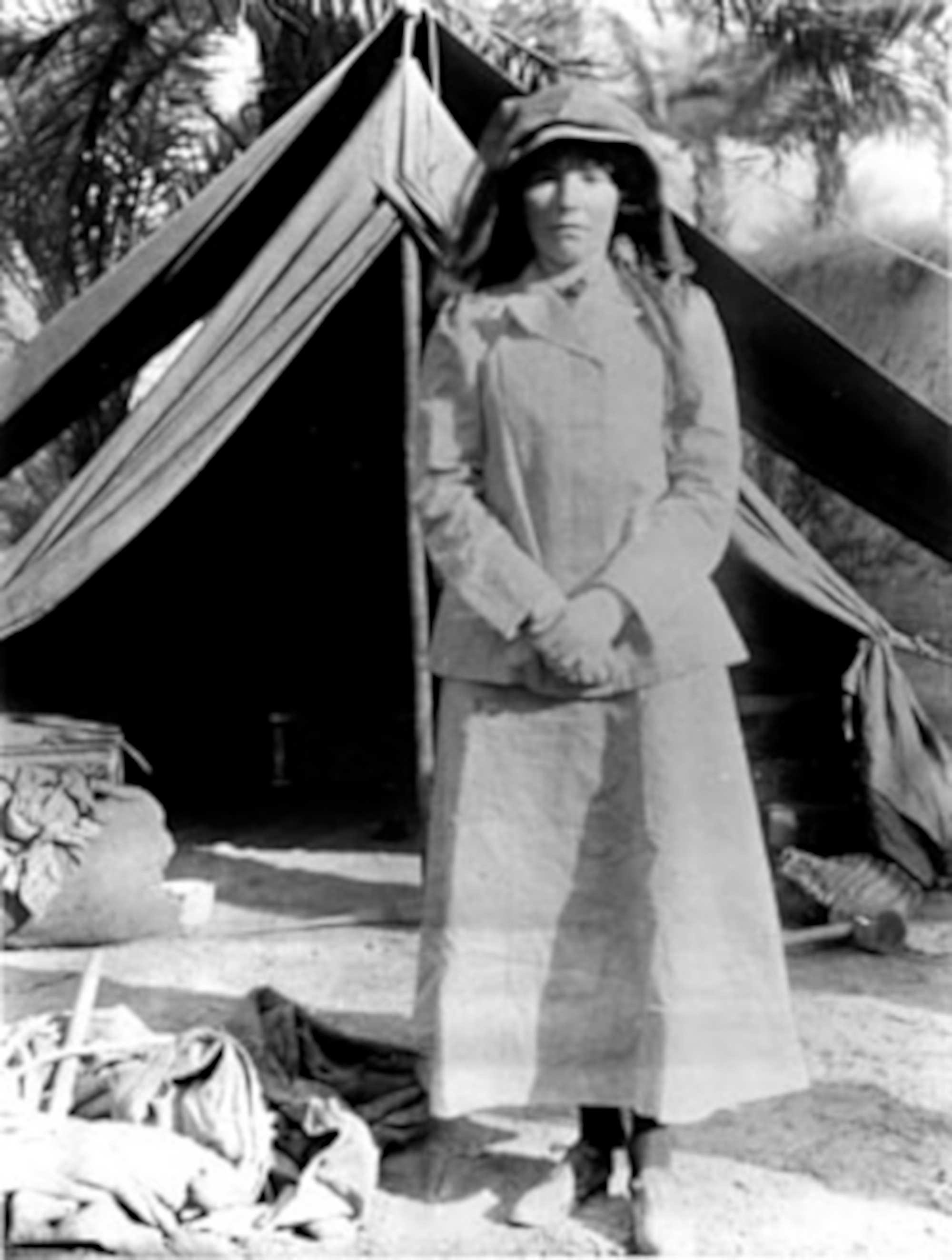 Gertrude Bell in 1909, visiting archaeological...