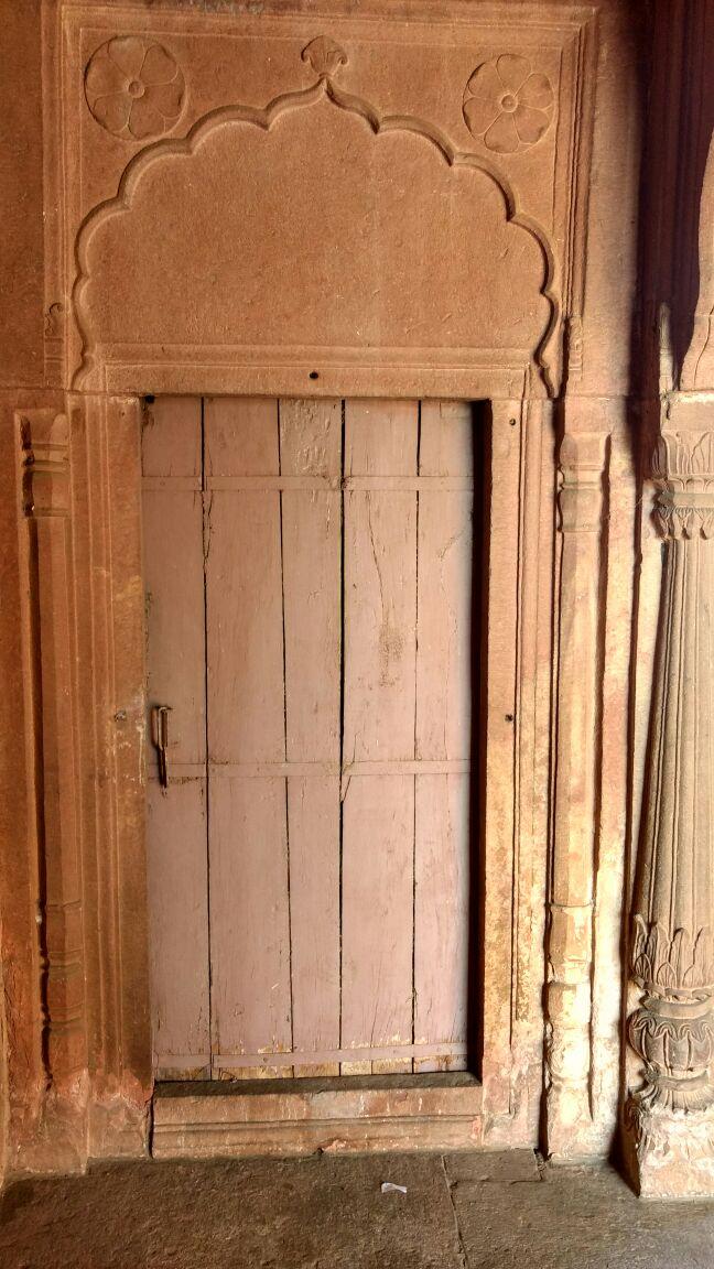 FileBhopal Moti Masjid Door.jpg & File:Bhopal Moti Masjid Door.jpg - Wikimedia Commons pezcame.com