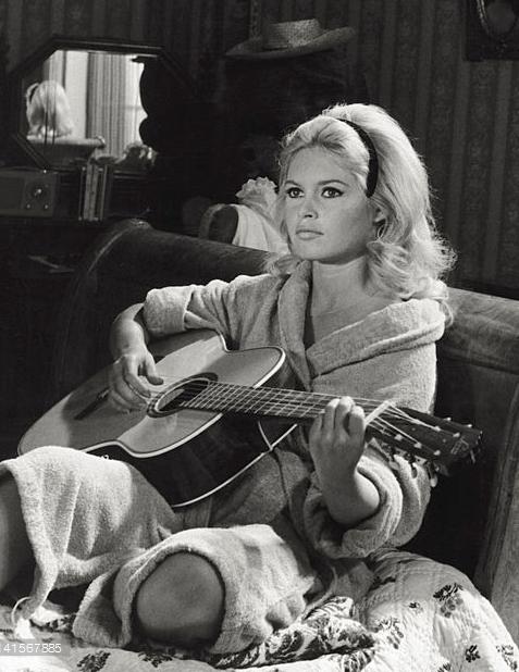 Talentovane i lepe - francuske glumice Brigitte_Bardot_in_A_Very_Private_Affair%2C_1962.