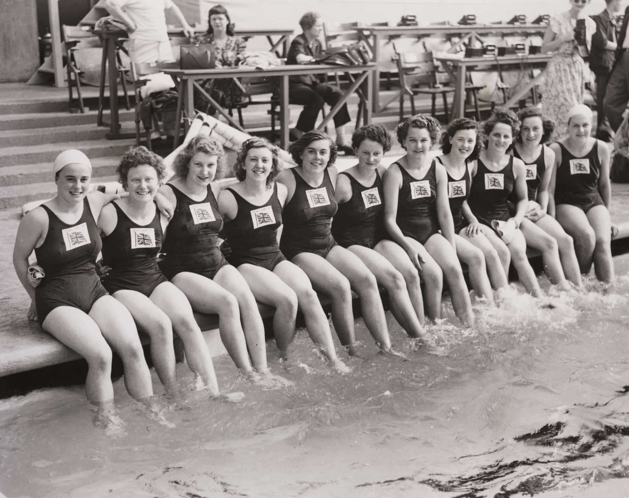 Filebritish Womens Olympic Swimming Team, London, 1948Jpg - Wikimedia Commons-9105