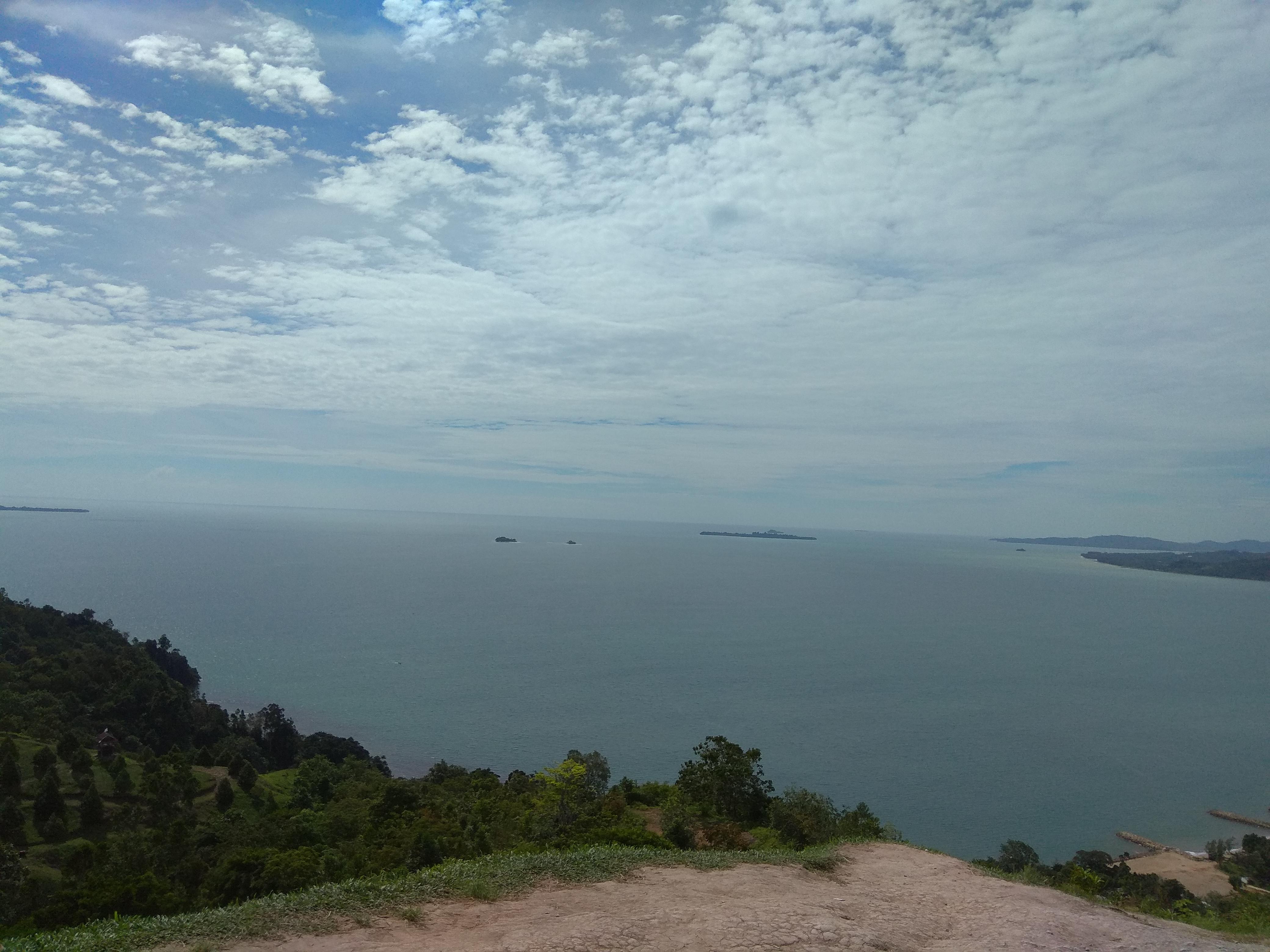 File:Bukit Langkisau.jpg - Wikimedia Commons