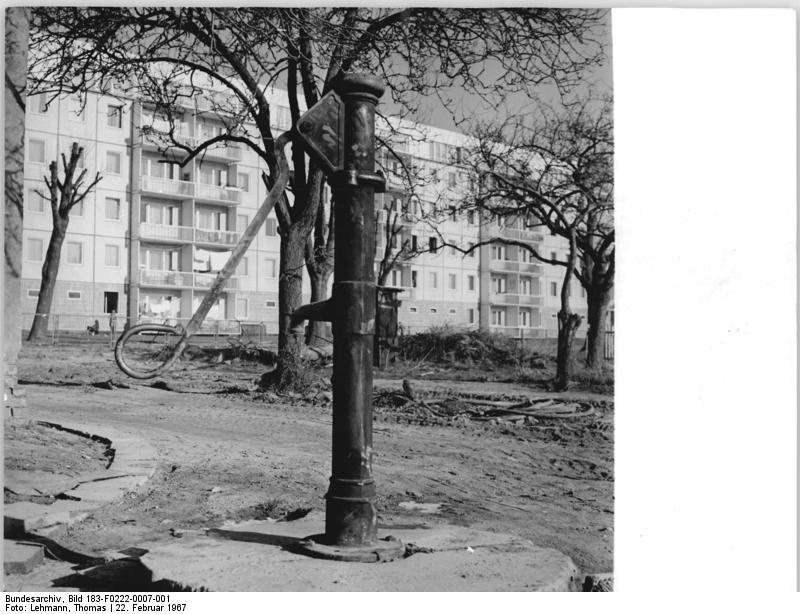 Wohnungen In Rostock L Ef Bf Bdtten Klein