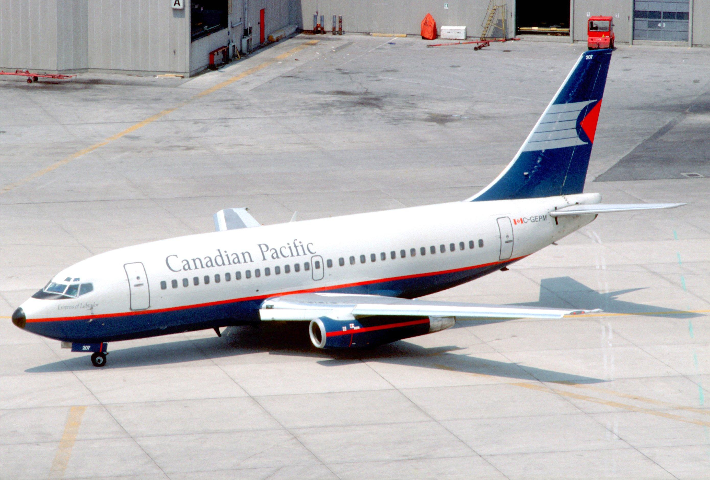 file canadian pacific airlines boeing 737 2t5 c gepm june 1986 bat 5288914314 jpg. Black Bedroom Furniture Sets. Home Design Ideas