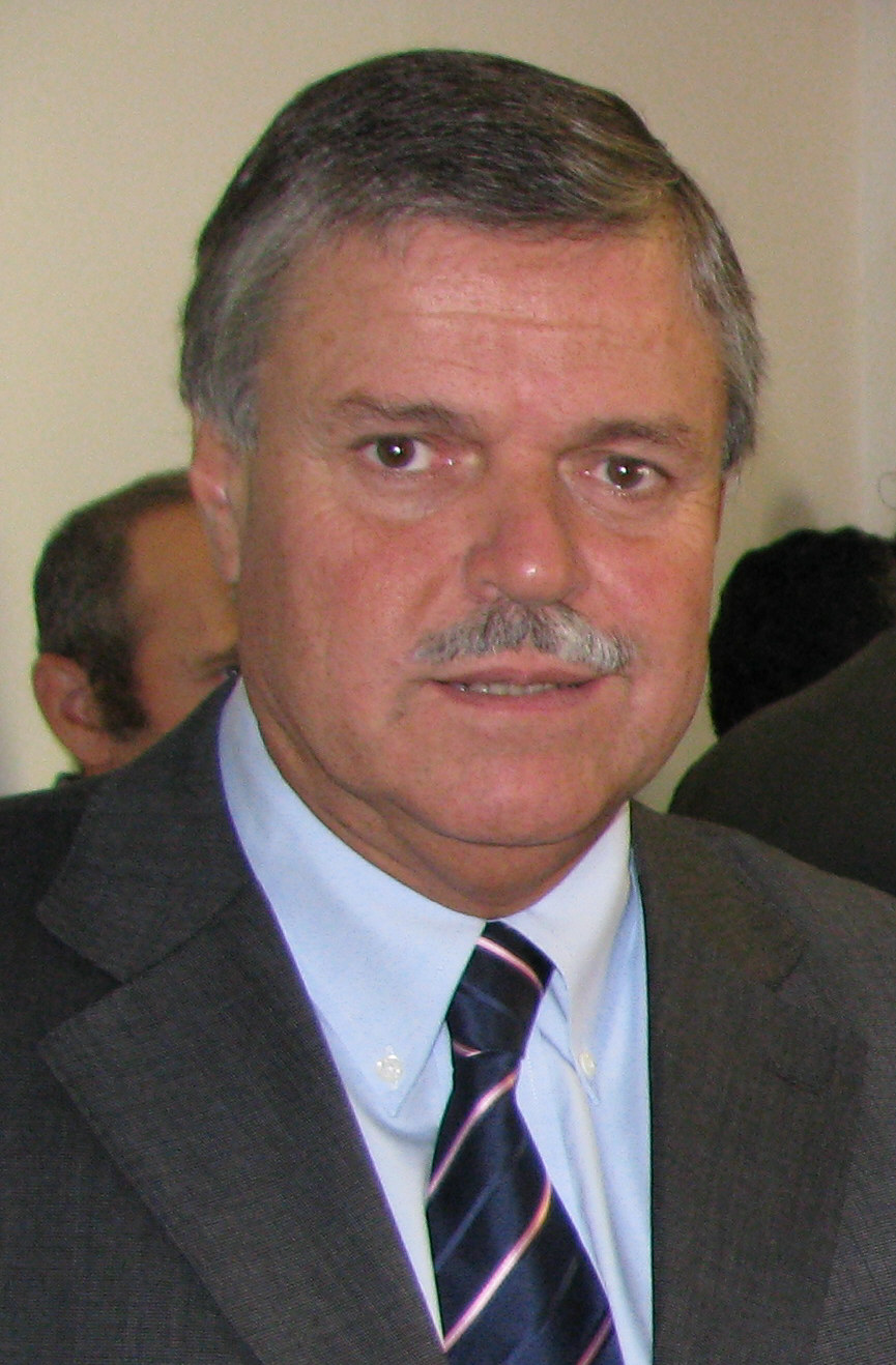 Carlos Pita ... Carlos Wiki