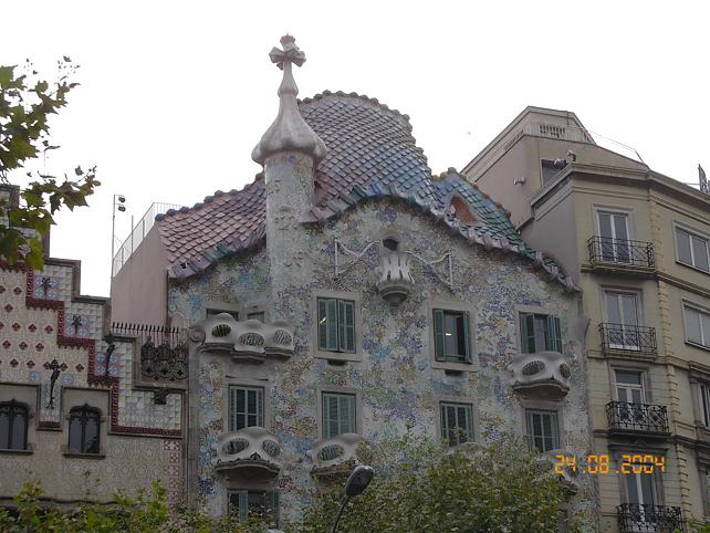 File:Casa Batlló.JPG