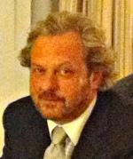 English: Charles Sabine, the NBC correspondent...