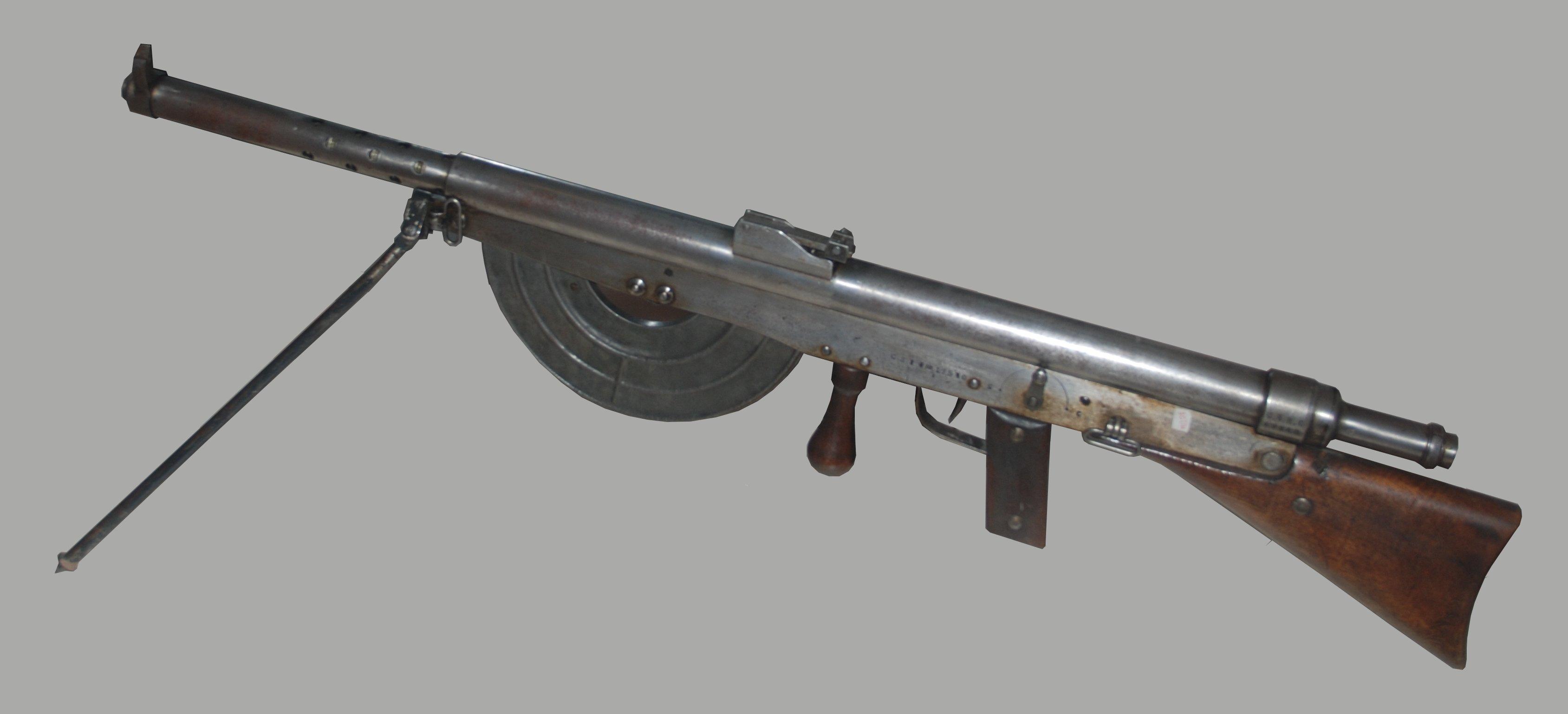 Etui en cuir pour carabine / mousqueton / fusil Chauchat_Memorial_de_Verdun