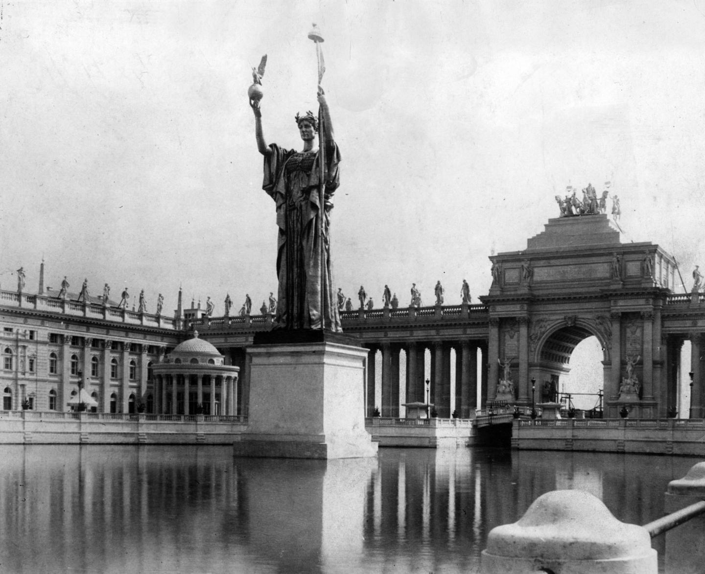 [Image: Chi_fair_Statue_of_the_Republic.jpeg]