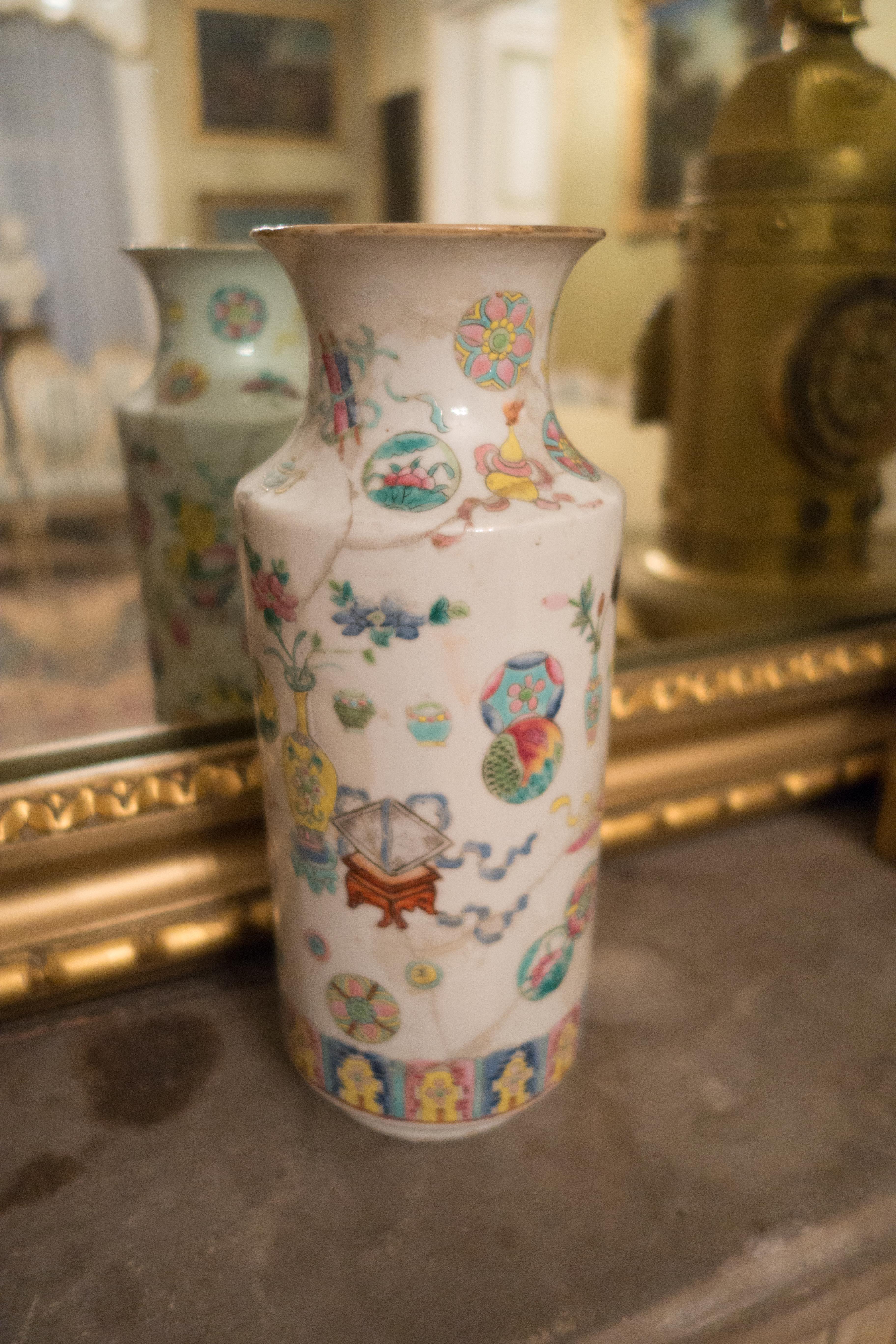 Filechinese antique vase 25681881723g wikimedia commons filechinese antique vase 25681881723g reviewsmspy