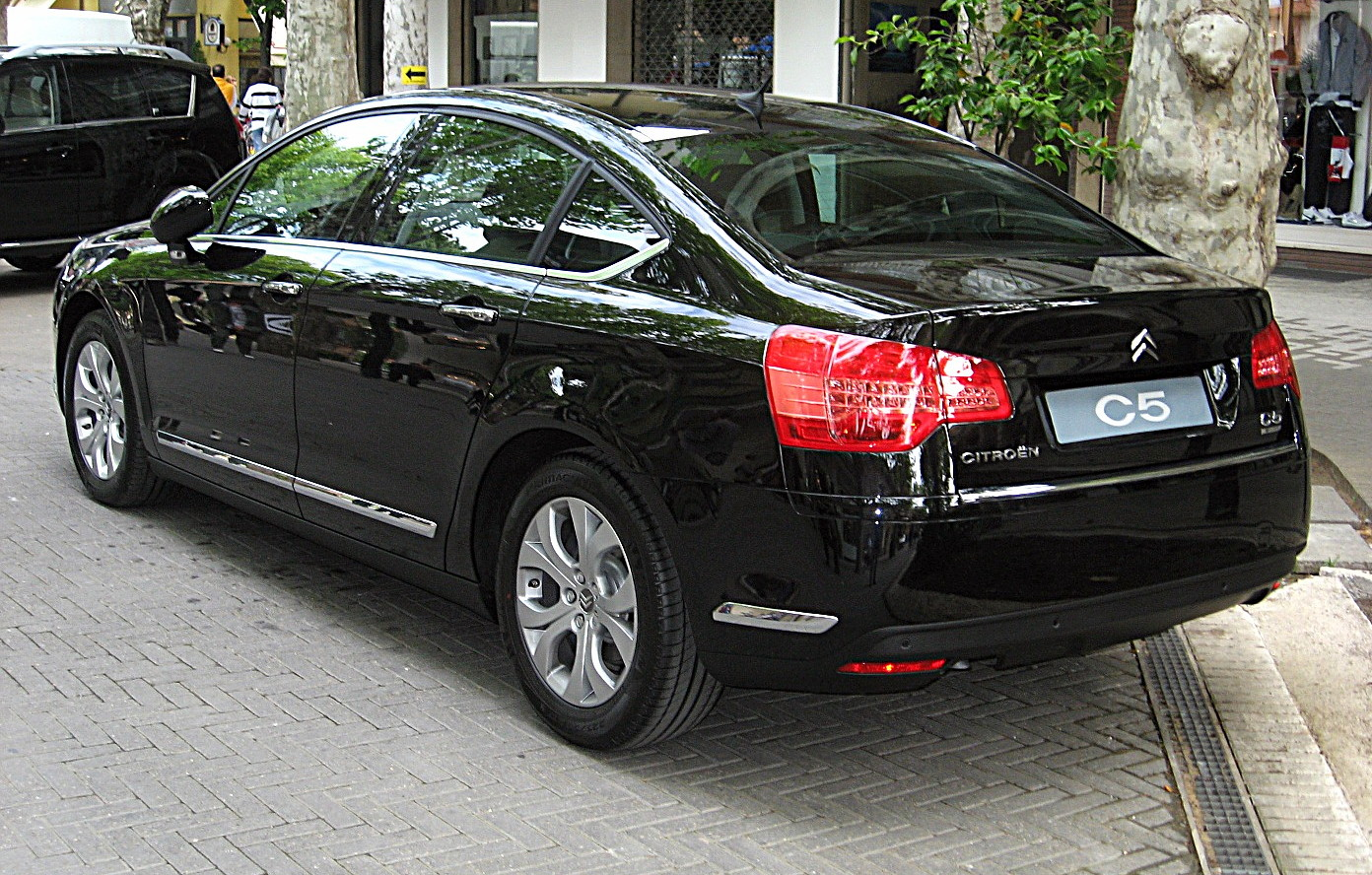 file citroen c5 sedan mk2 rear view jpg wikimedia commons. Black Bedroom Furniture Sets. Home Design Ideas