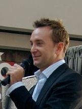 Clinton Kelly (TV personality) American fashion consultant and media personality