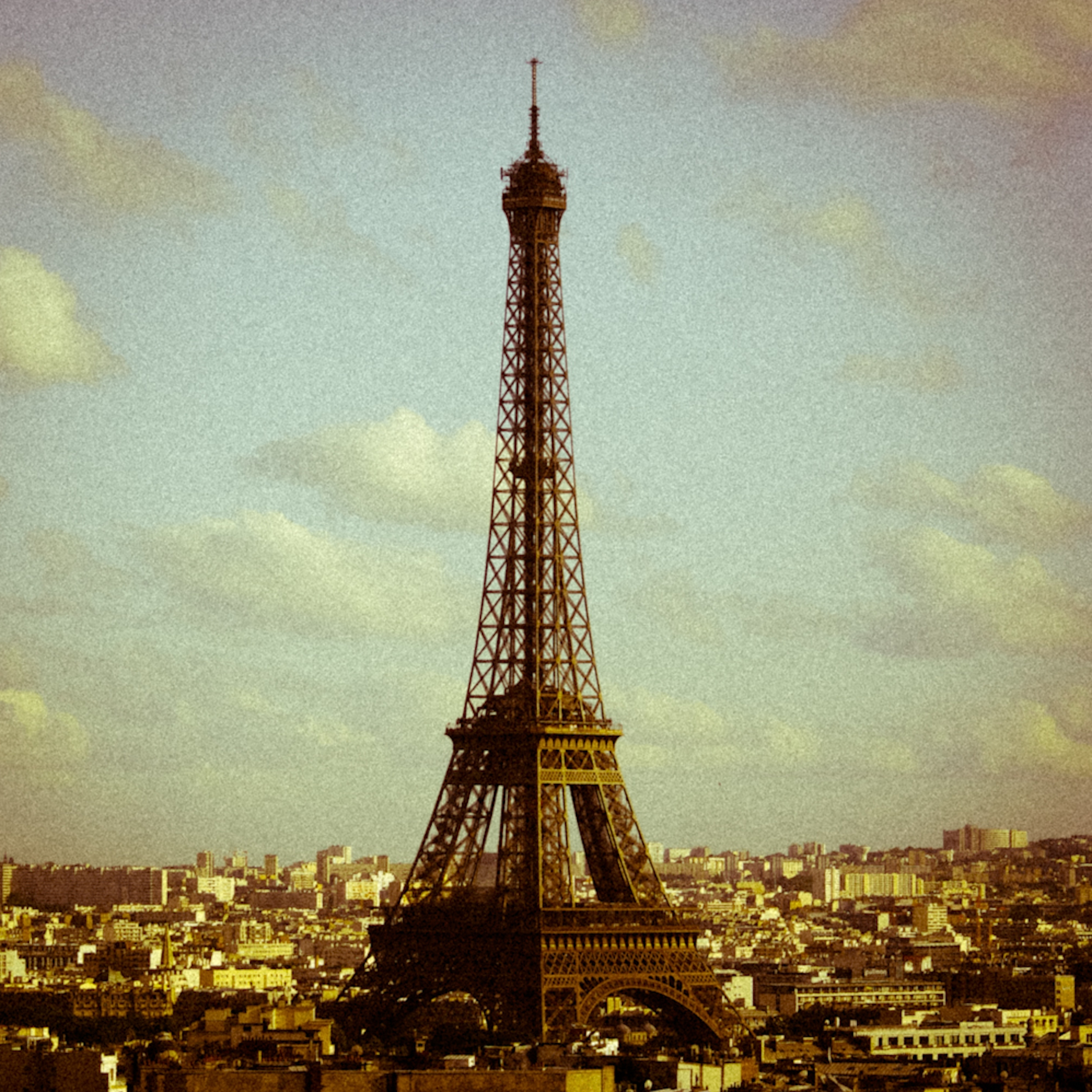 a description and history of the eiffel tower Eiffel was able to reimburse his creditors within one year, just through the admission ticket receipts from the 1,868,000 visitors twenty years later, however, the lease for the land expired, and eiffel lost control of his tower to the city of paris.