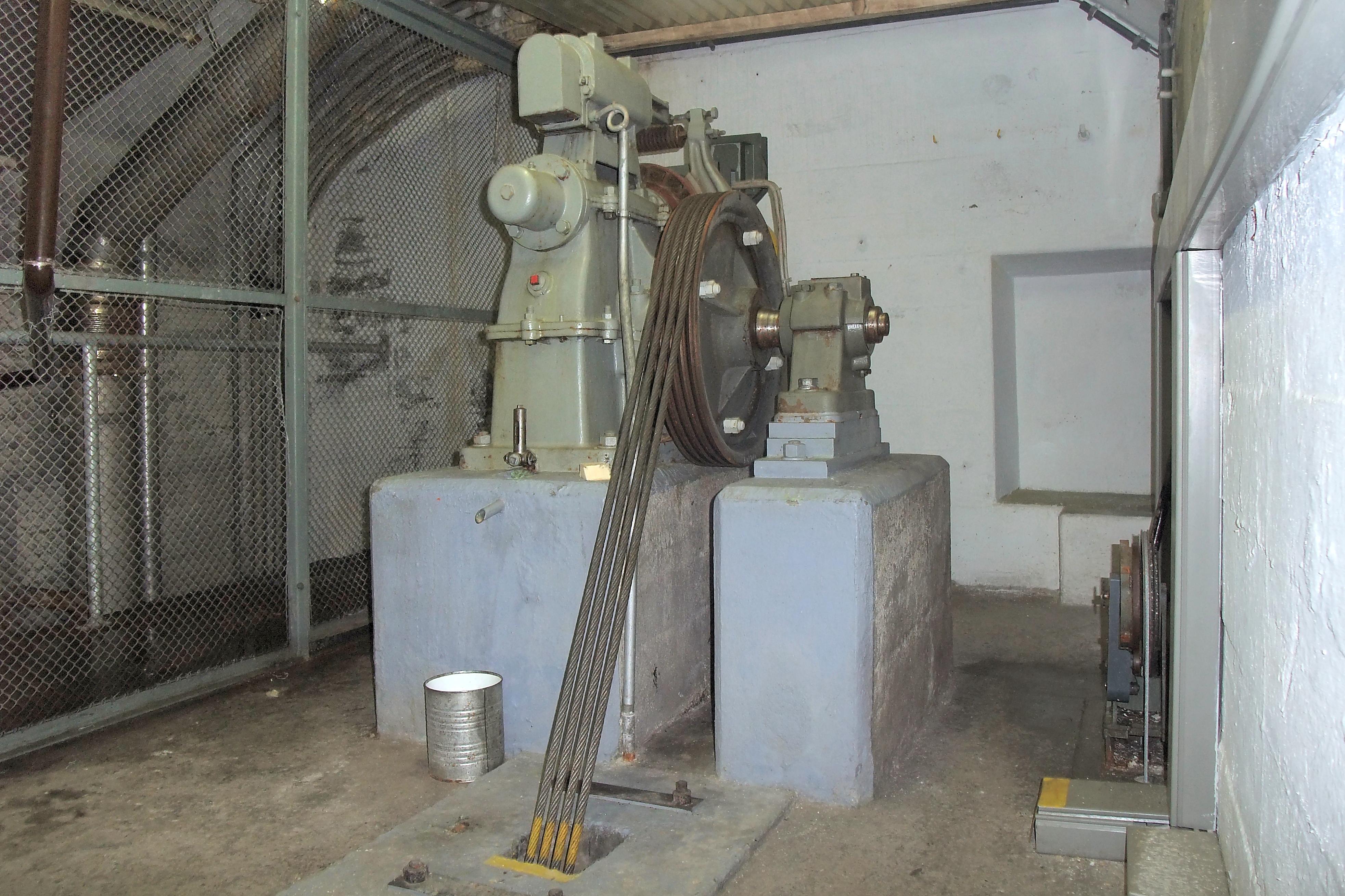 File Fort Furggels Elevator Motor 5954430734 Jpg