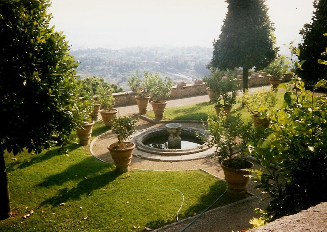 File Giardino Fontana Villa Medici Wikimedia