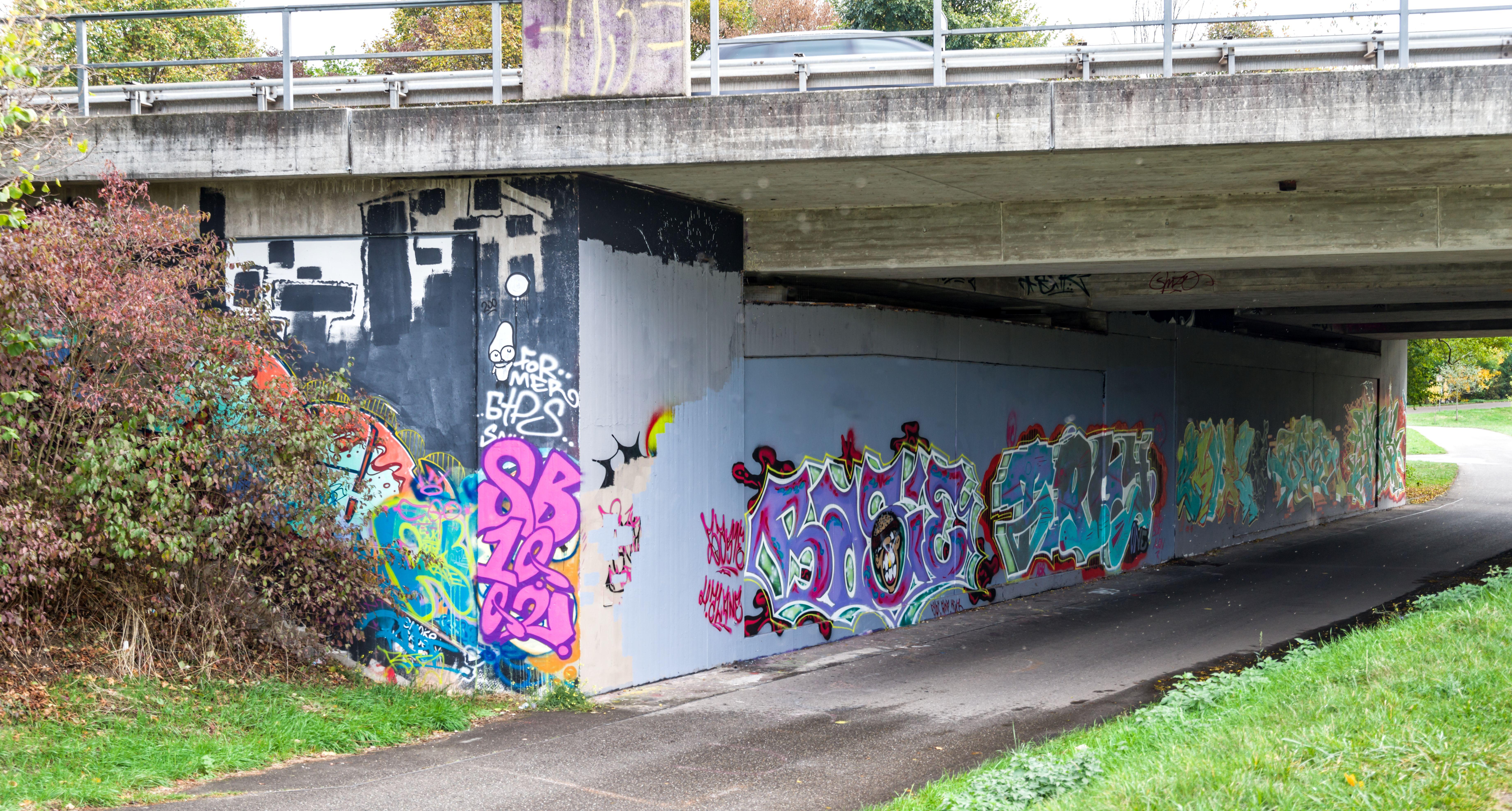 Filegraffiti Hermann Zens Brücke Freiburg Im Breisgau Jm22954jpg