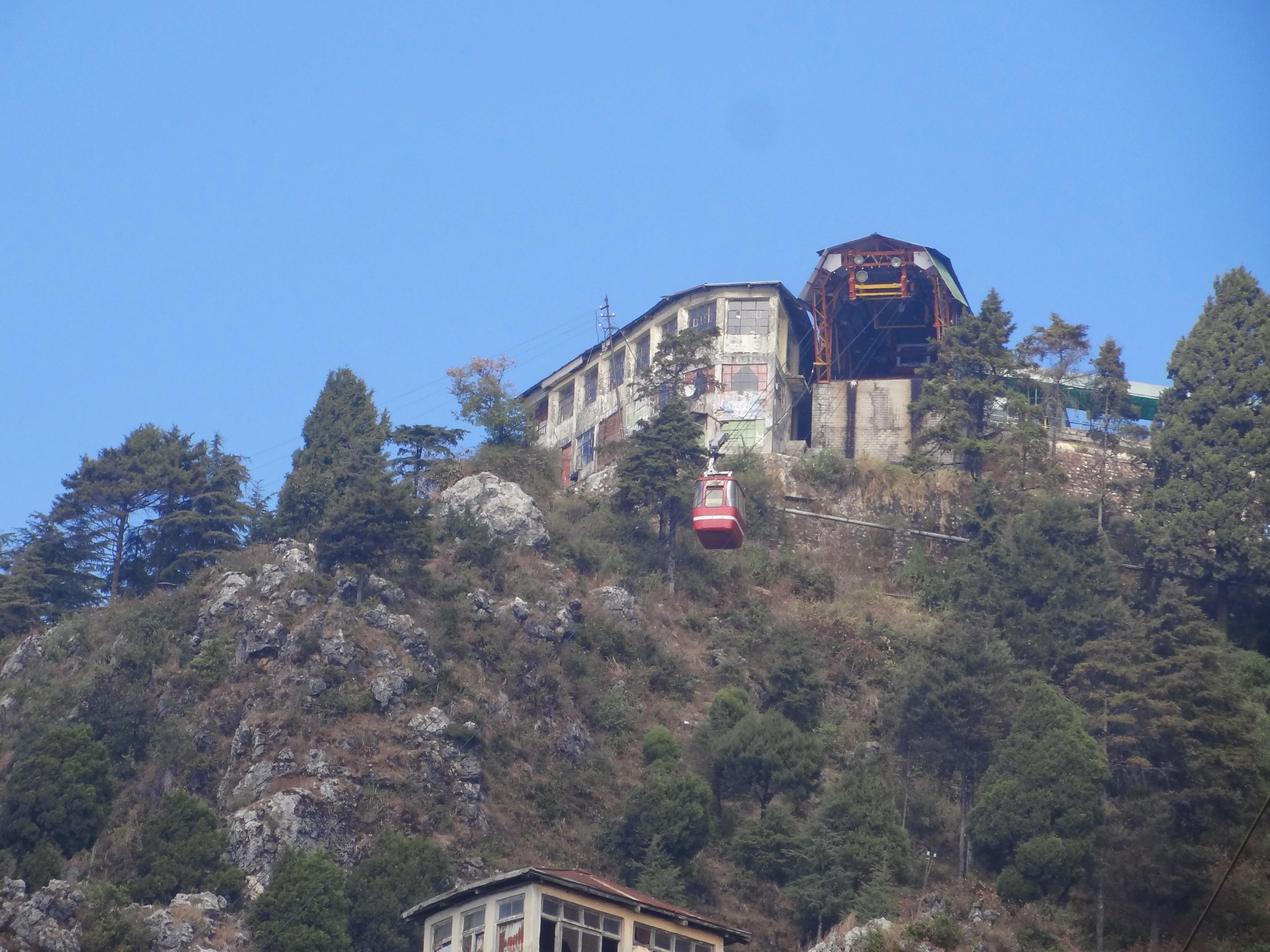 File:Gun hill, Mussoorie 03.JPG - Wikimedia Commons
