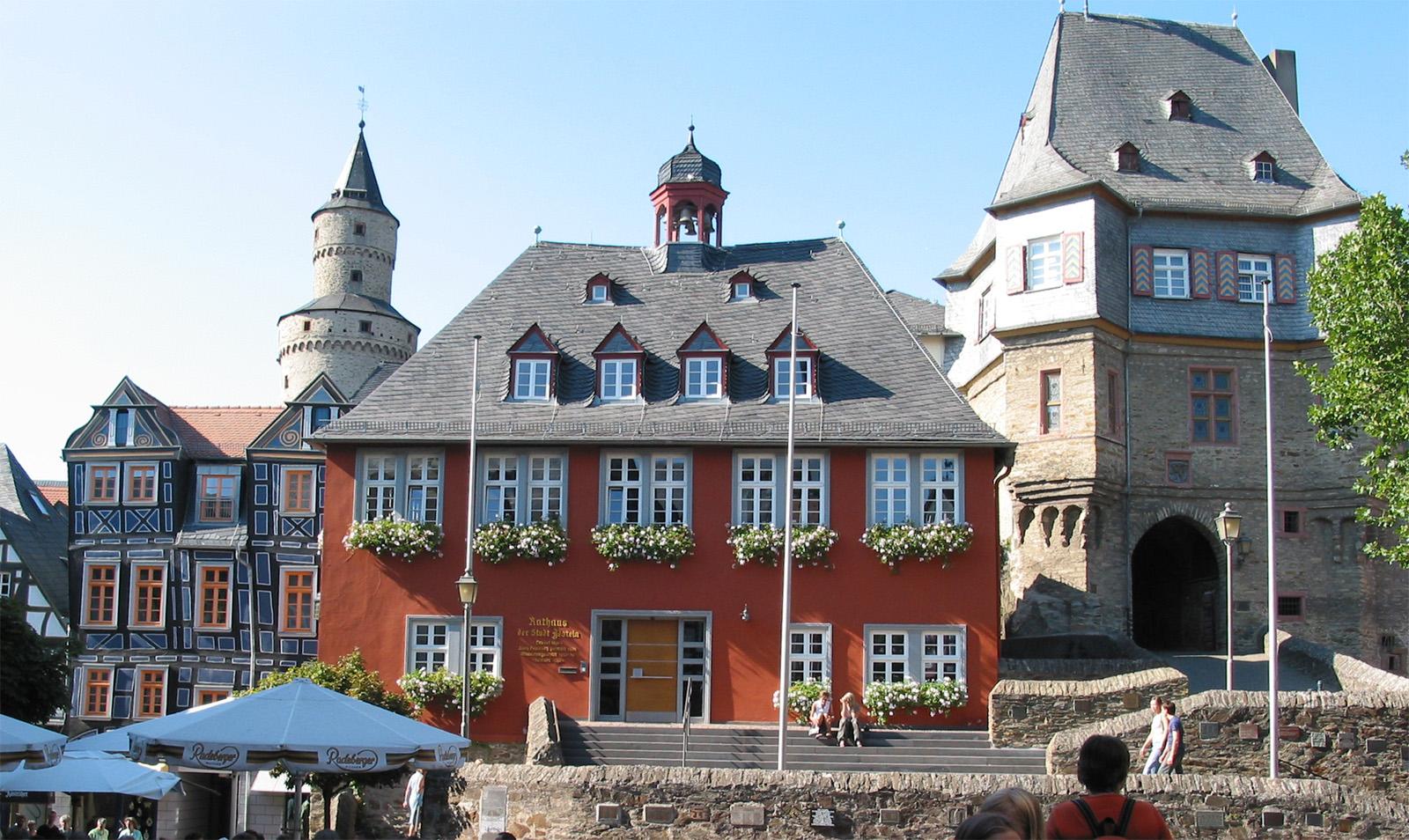 Idstein-Rathaus.jpg