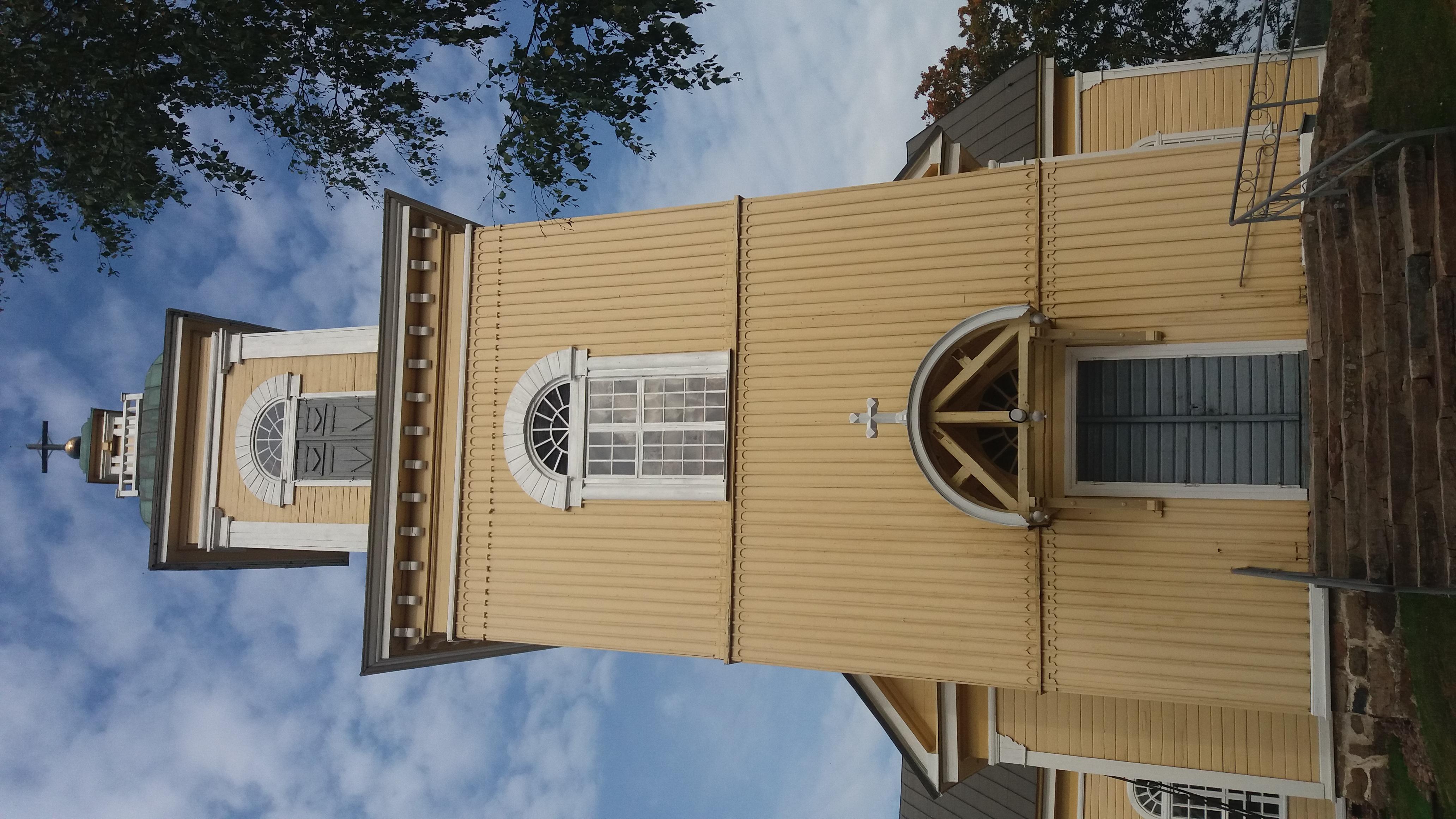 Kiukaisten kirkko (002).jpg