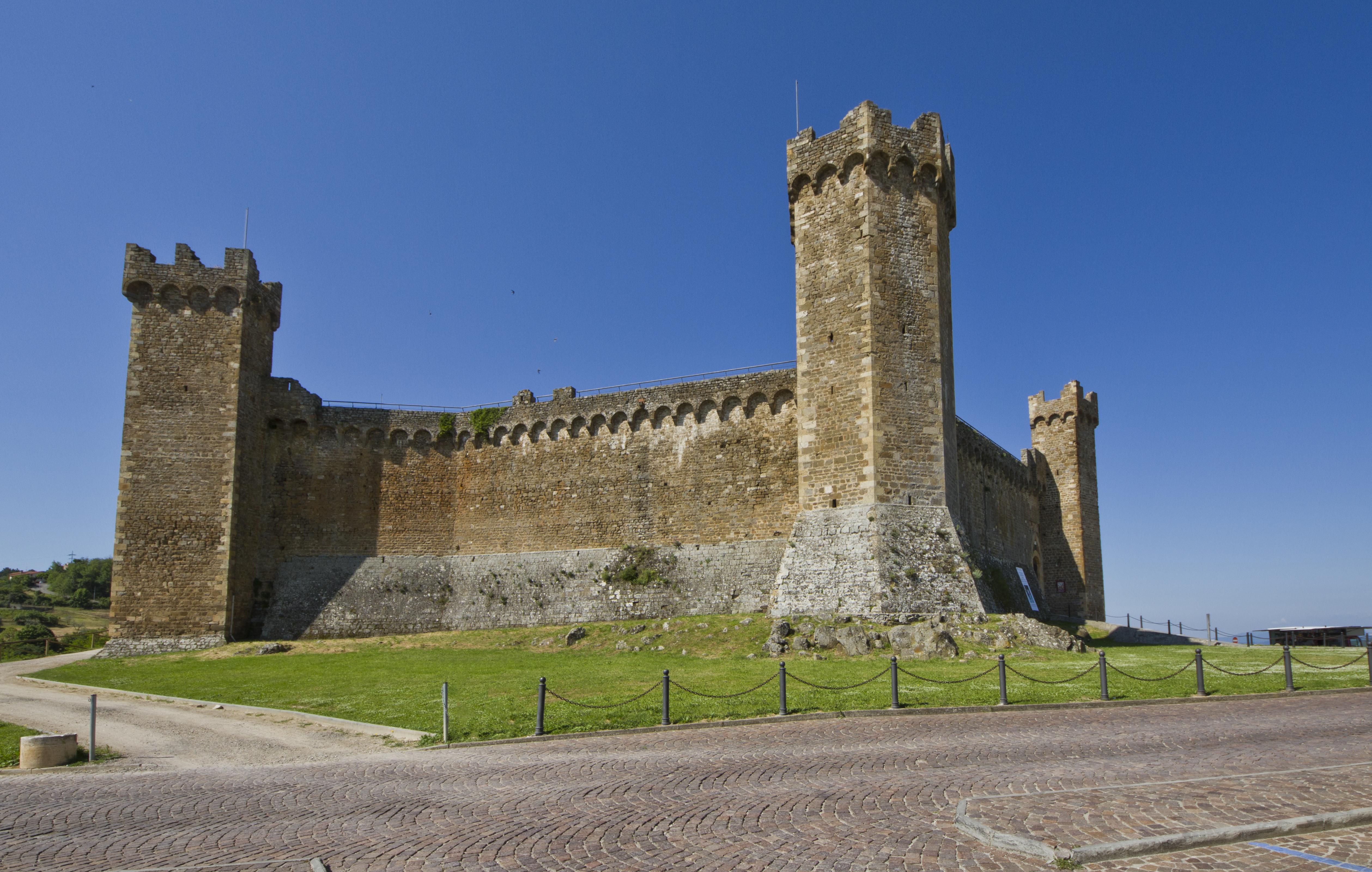 La Fortezza - panoramio (1).jpg