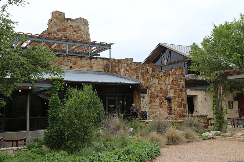 File:Lady Bird Johnson Wildflower Center.jpg