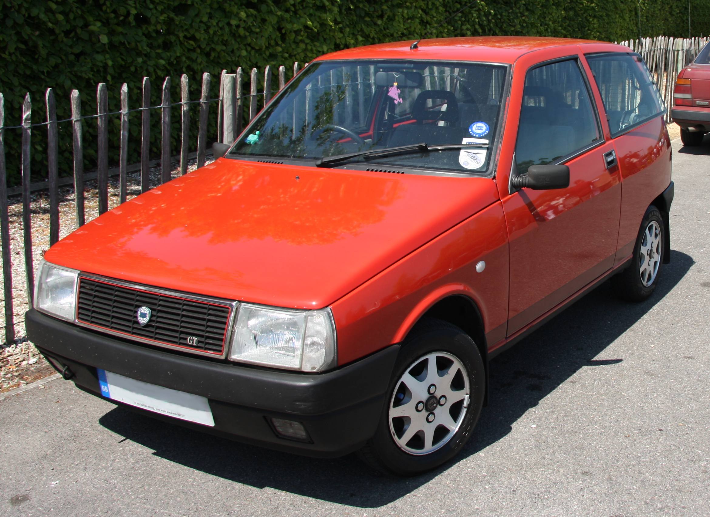 File:Lancia Y10 GT.jpg - Wikimedia Commons