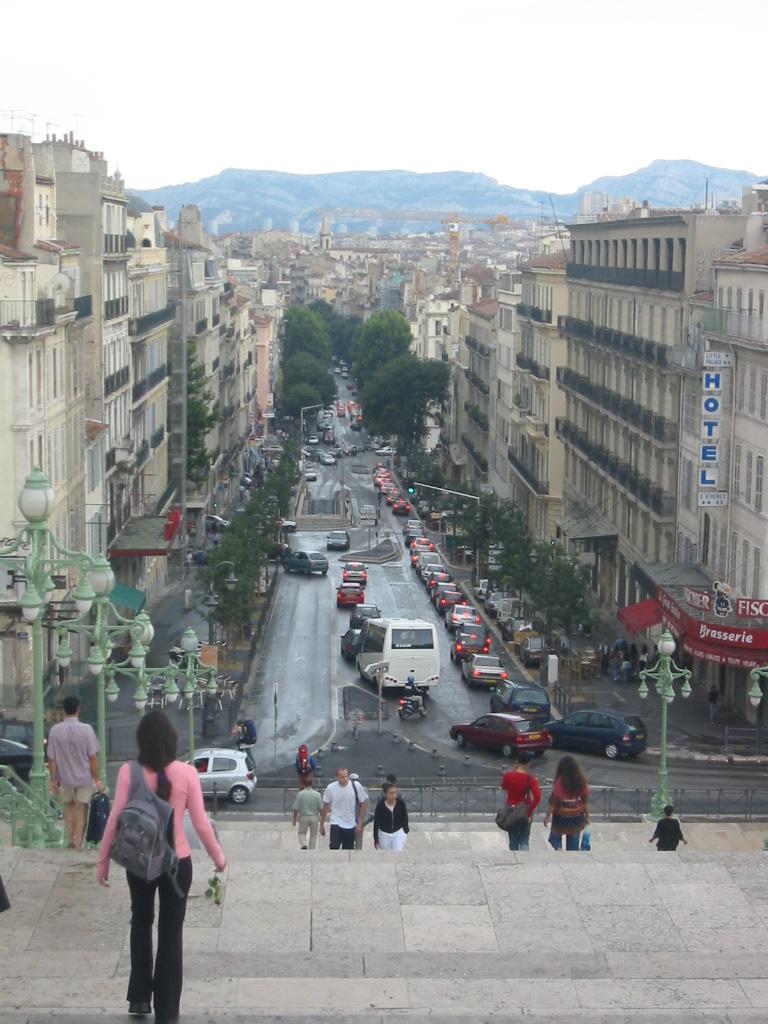 Boulevard d 39 ath nes wikip dia - Port de marseille pour aller en algerie ...