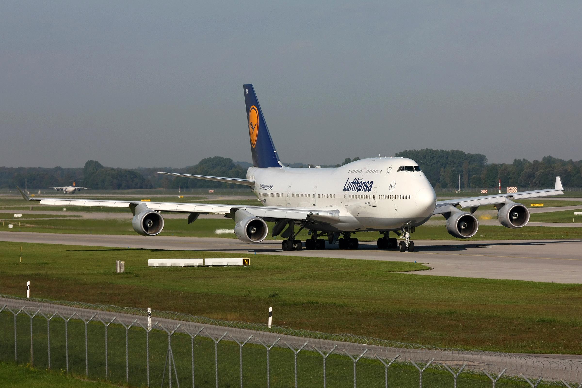 File:Lufthansa 744 D-ABTK-1.jpg