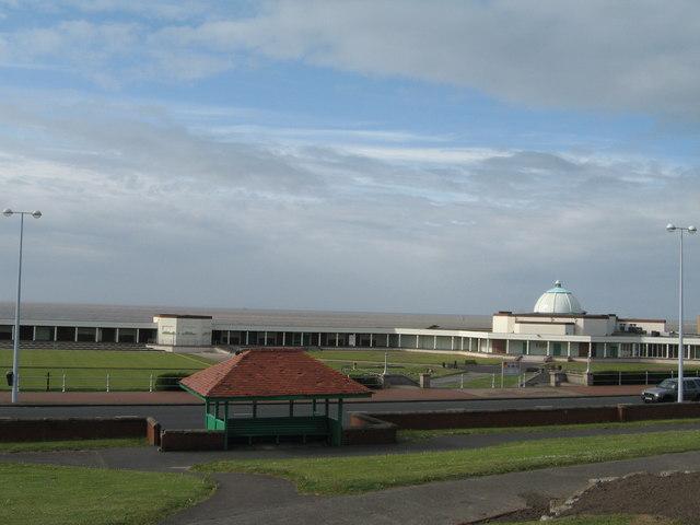 Marine Hall, Fleetwood - geograph.org.uk - 429406