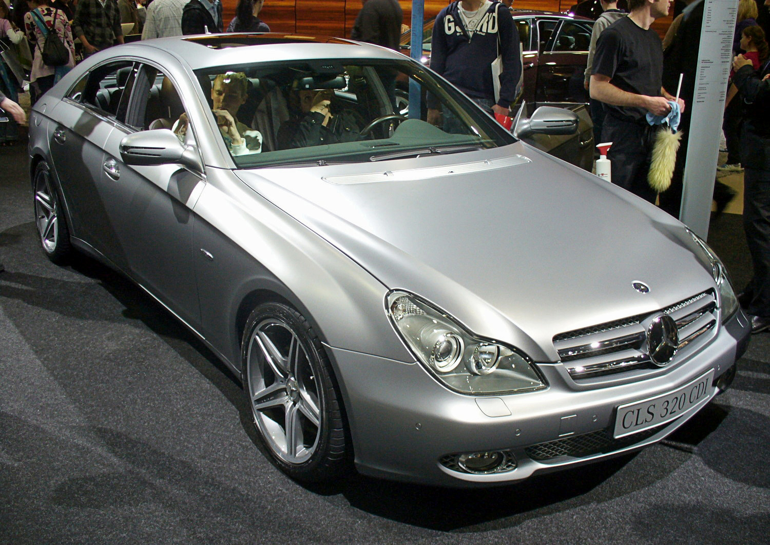 file mercedes benz cls 320 cdi grand edition jpg wikipedia. Black Bedroom Furniture Sets. Home Design Ideas
