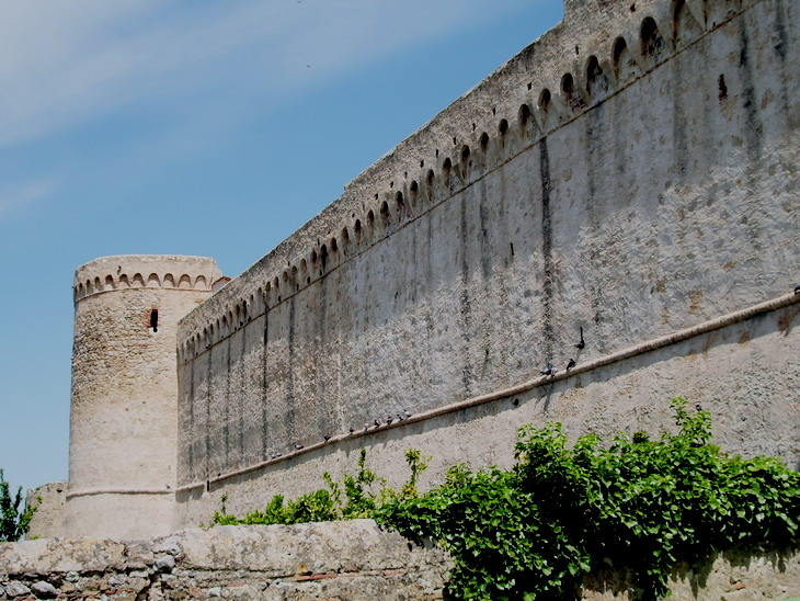 Mura di Magliano in Toscana