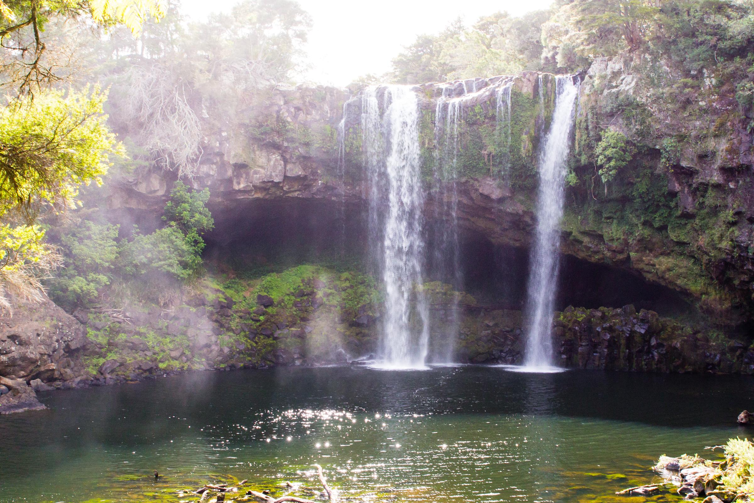 File:NZ130415 Rainbow Falls 01.jpg - Wikimedia Commons
