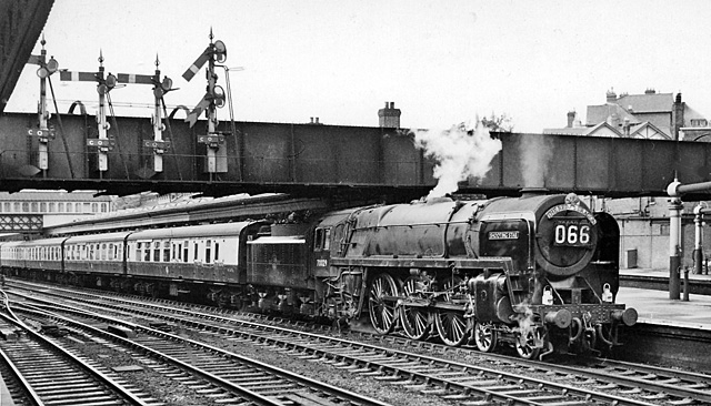 BR Standard Class 7 - Simple English Wikipedia, the free