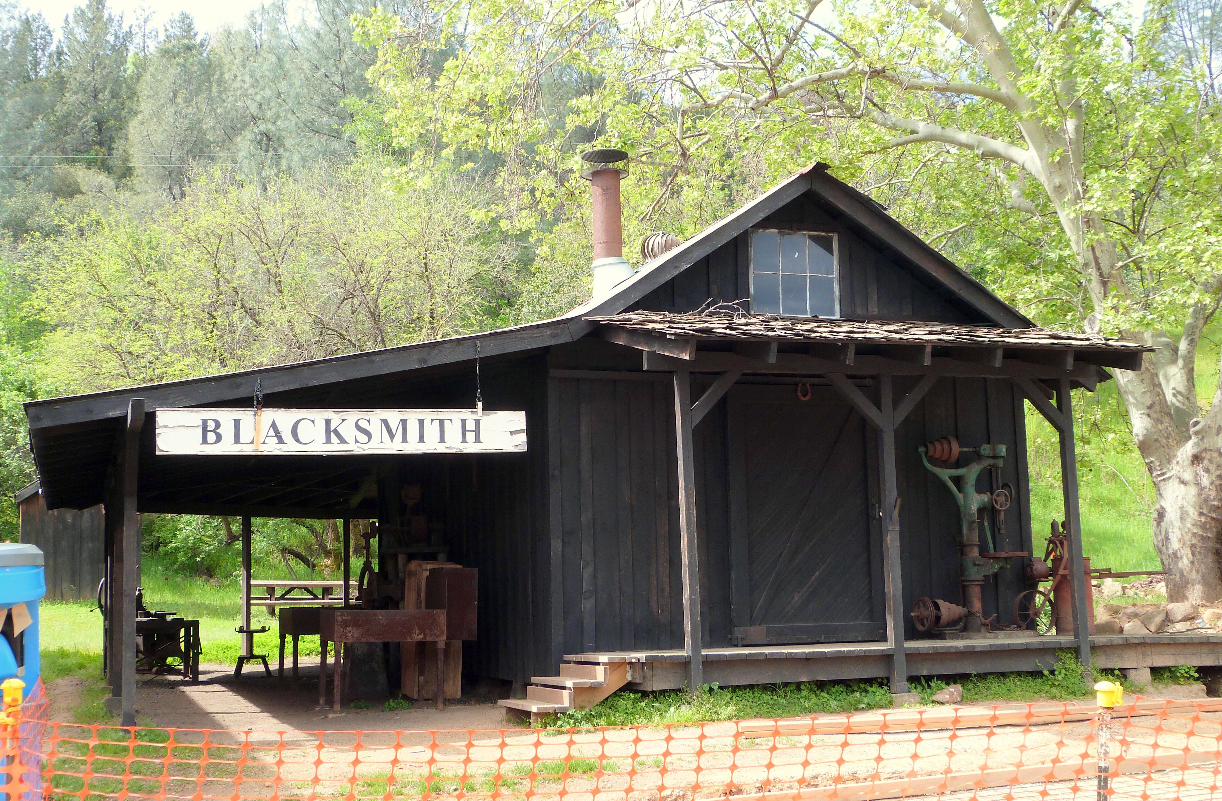 Shop Building PlansFileOld Shasta Blacksmith California Jpg Mallett Buildings