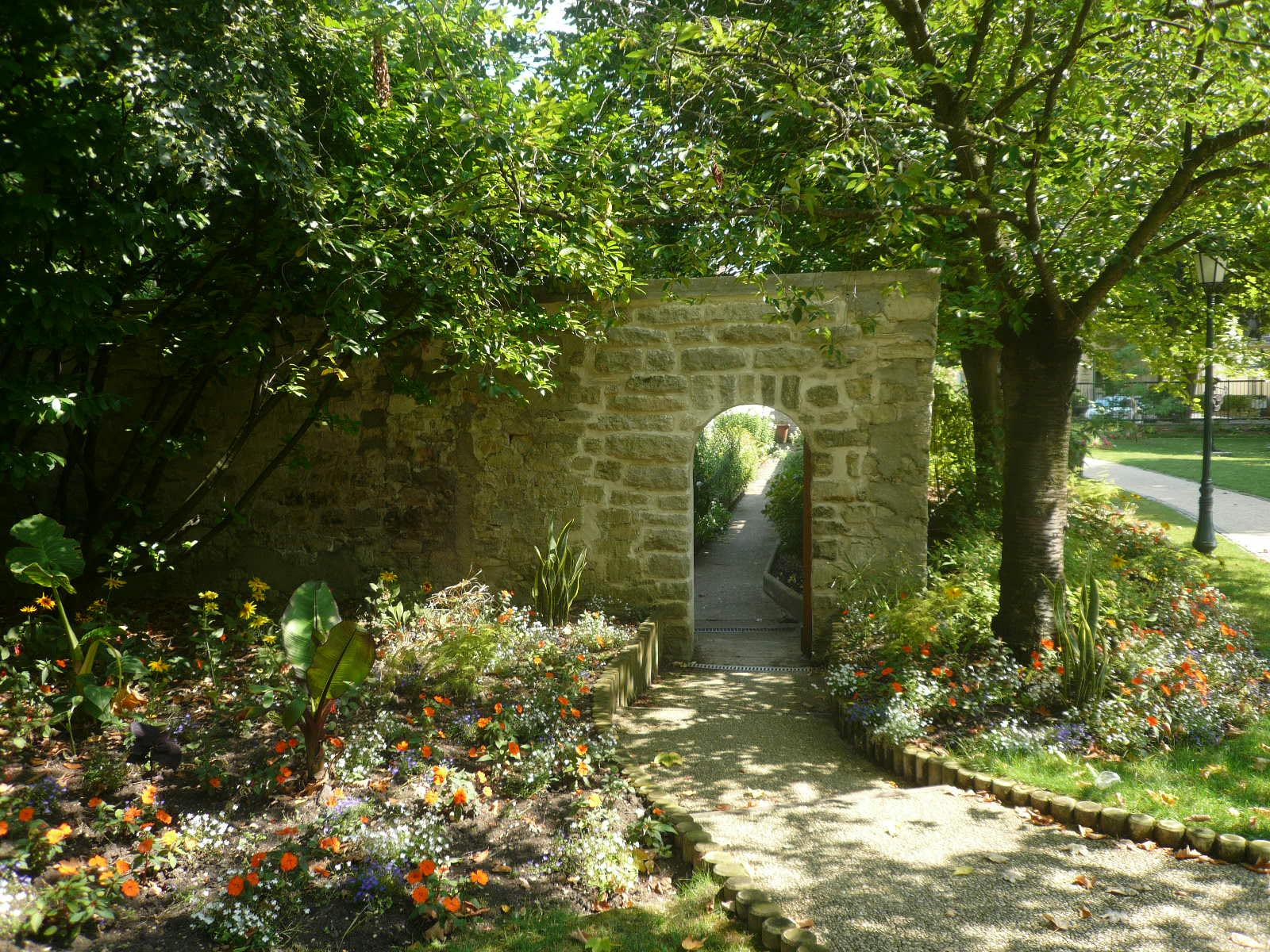 File P jardin secret parc de l amitie JPG