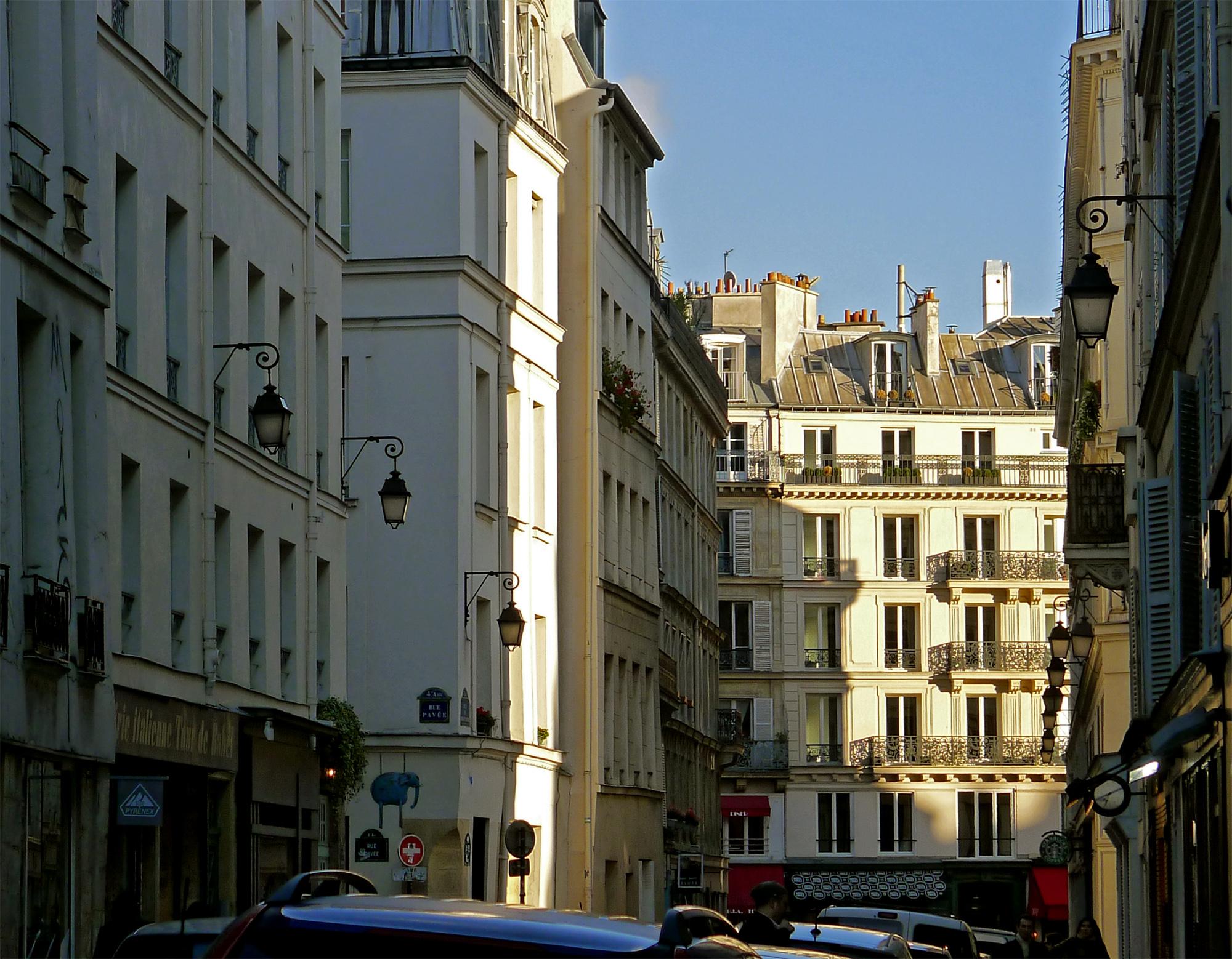 File:P1140571 Paris IV rue du Roi-de-Sicile rwk.jpg - Wikimedia Commons