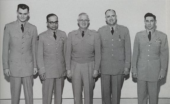 Militaire: Philip James Corso (lieutenant-colonel) (1915-1998) Philip_j_corso_1